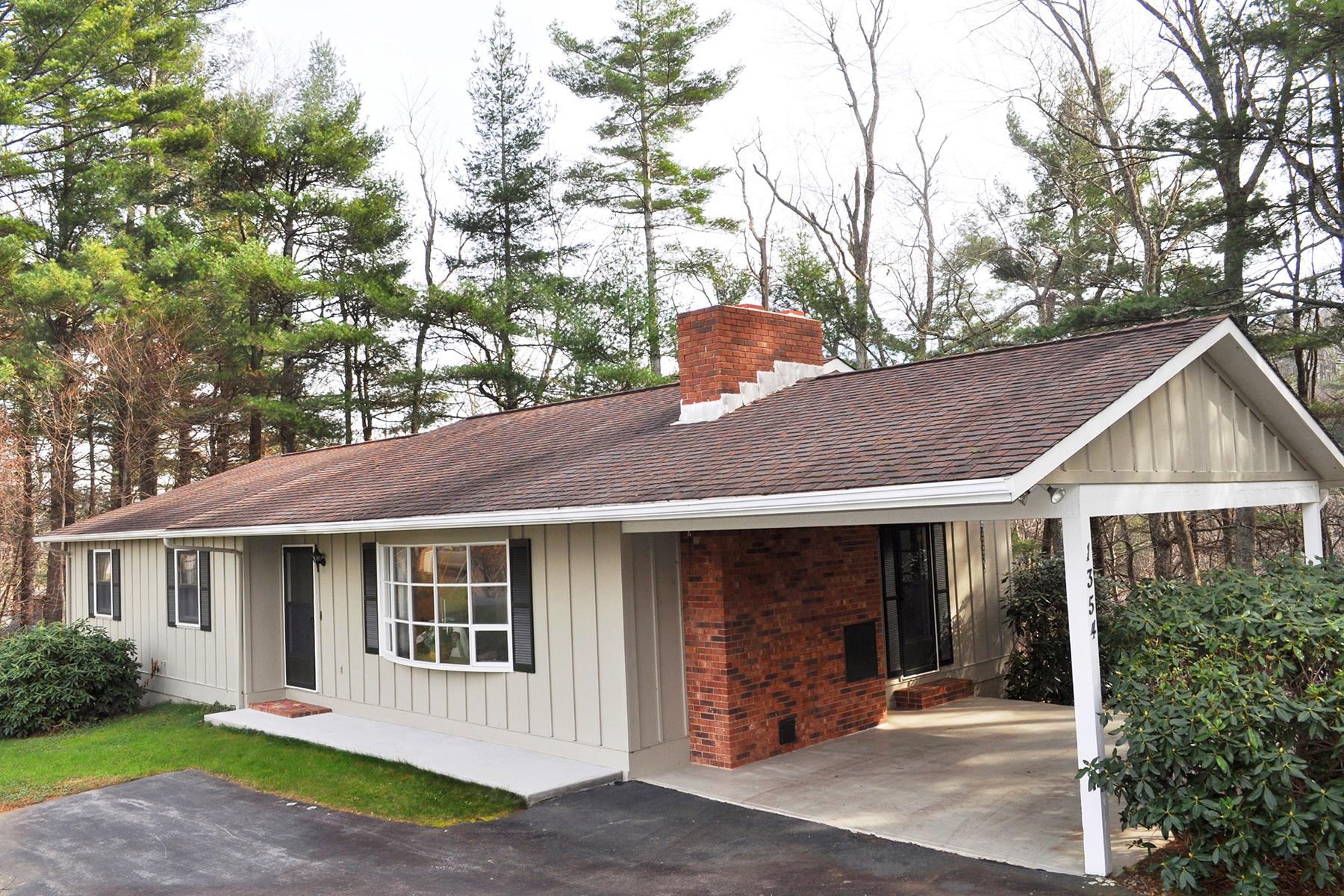 واحد منزل الأسرة للـ Sale في BOONE 1354 Ravens Ridge Cir, Boone, North Carolina, 28607 United States