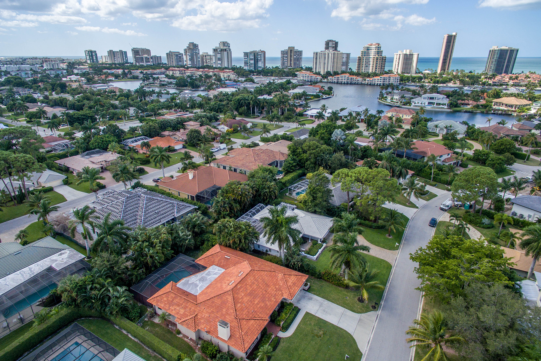 Single Family Home for Sale at Naples 468 Devils Ln Naples, Florida, 34103 United States