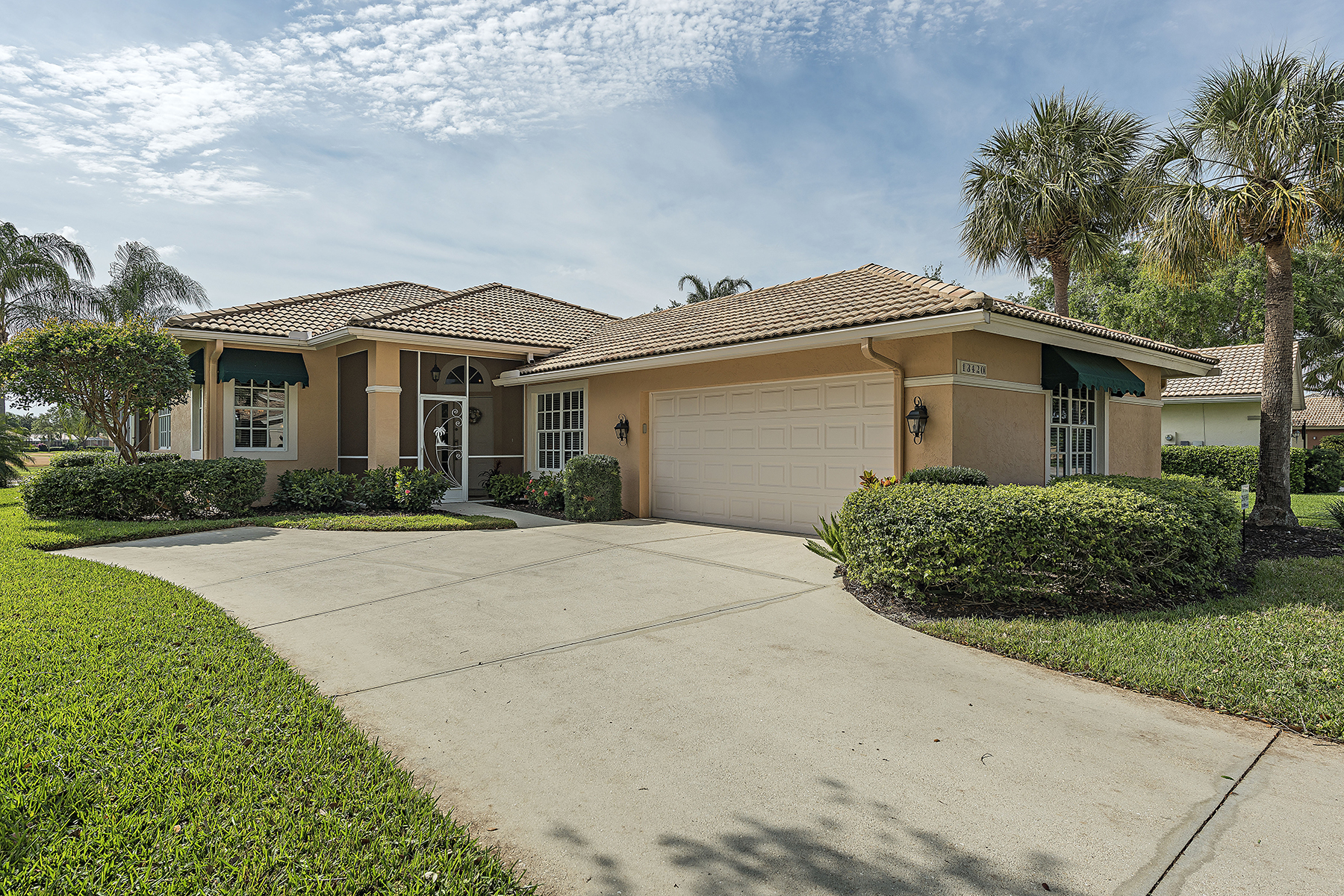 Maison unifamiliale pour l Vente à WORTHINGTON 13420 Bridgeford Ave, Bonita Springs, Florida 34135 États-Unis