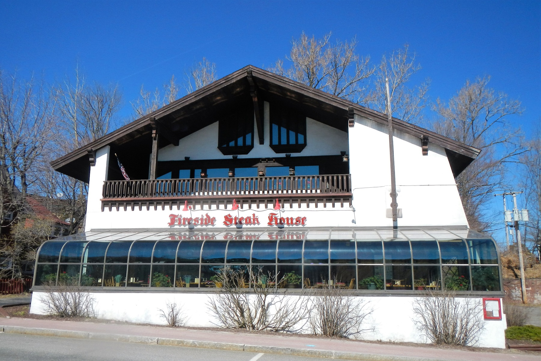 Commercial pour l Vente à Fireside Steak House 2653 Main St Lake Placid, New York 12946 États-Unis