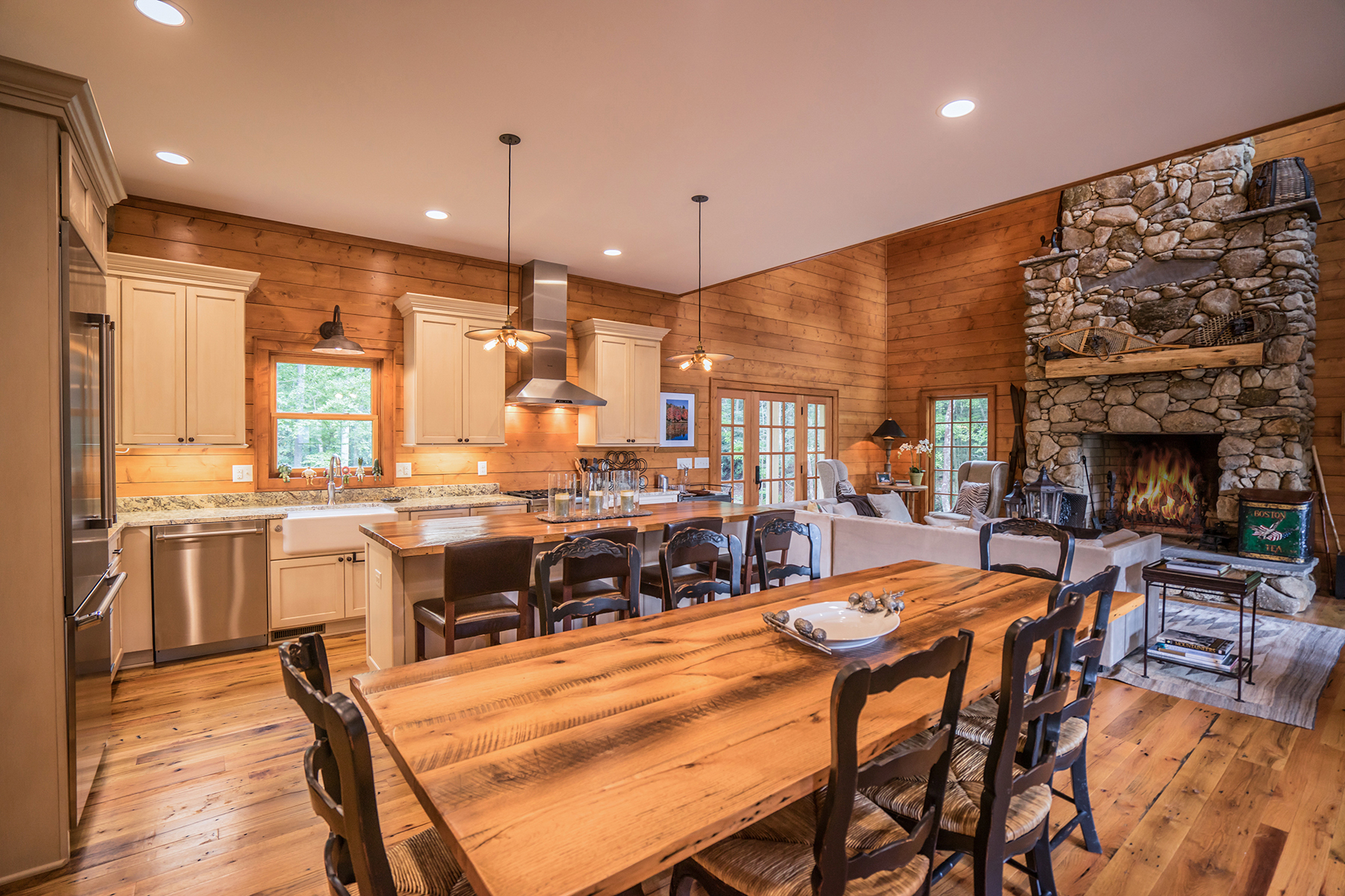 Additional photo for property listing at 183 ACRE BLUE RIDGE MOUNTAIN ESTATE 7035  Johns River Rd,  Blowing Rock, North Carolina 28605 United States