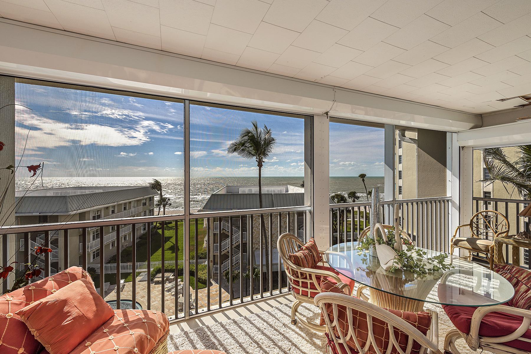 共管式独立产权公寓 为 销售 在 Breakers 2875 Gulf Shore Blvd N 506, The Moorings, 那不勒斯, 佛罗里达州, 34103 美国