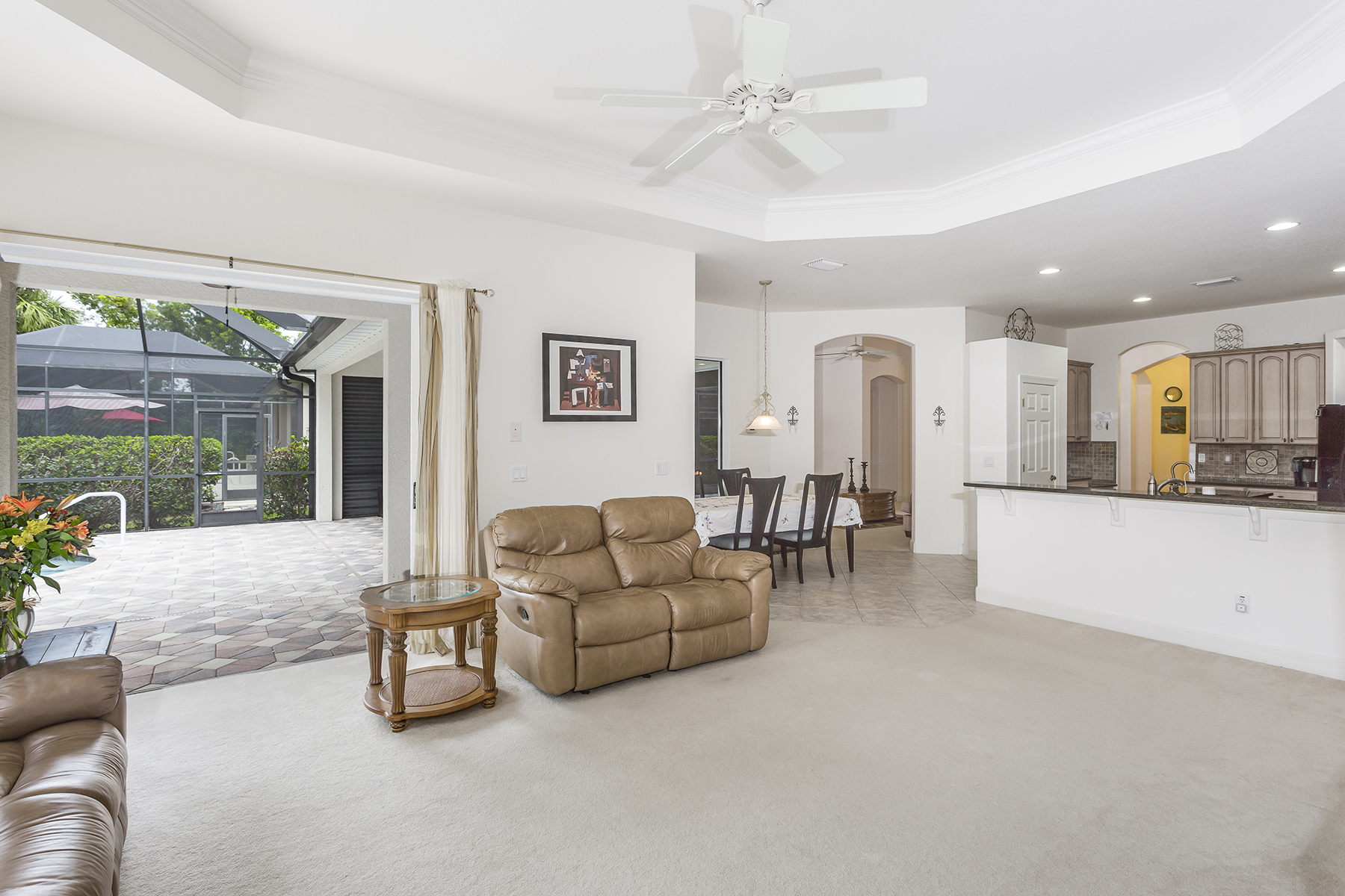 Additional photo for property listing at DELASOL 15985  Delarosa Ln,  Naples, Florida 34110 United States