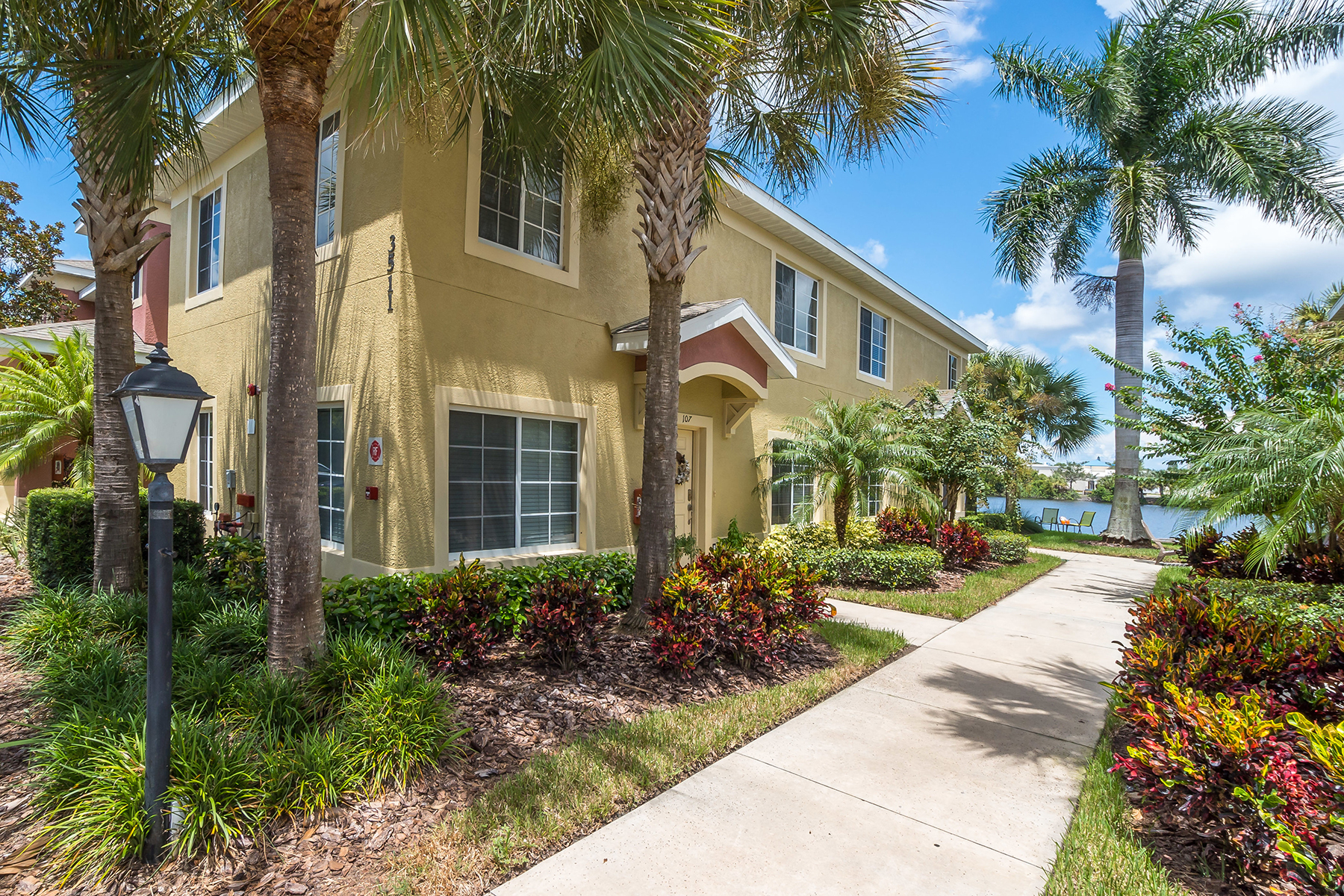 Townhouse for Sale at BRADENTON 3511 45th Terr W 108, Bradenton, Florida 34210 United States