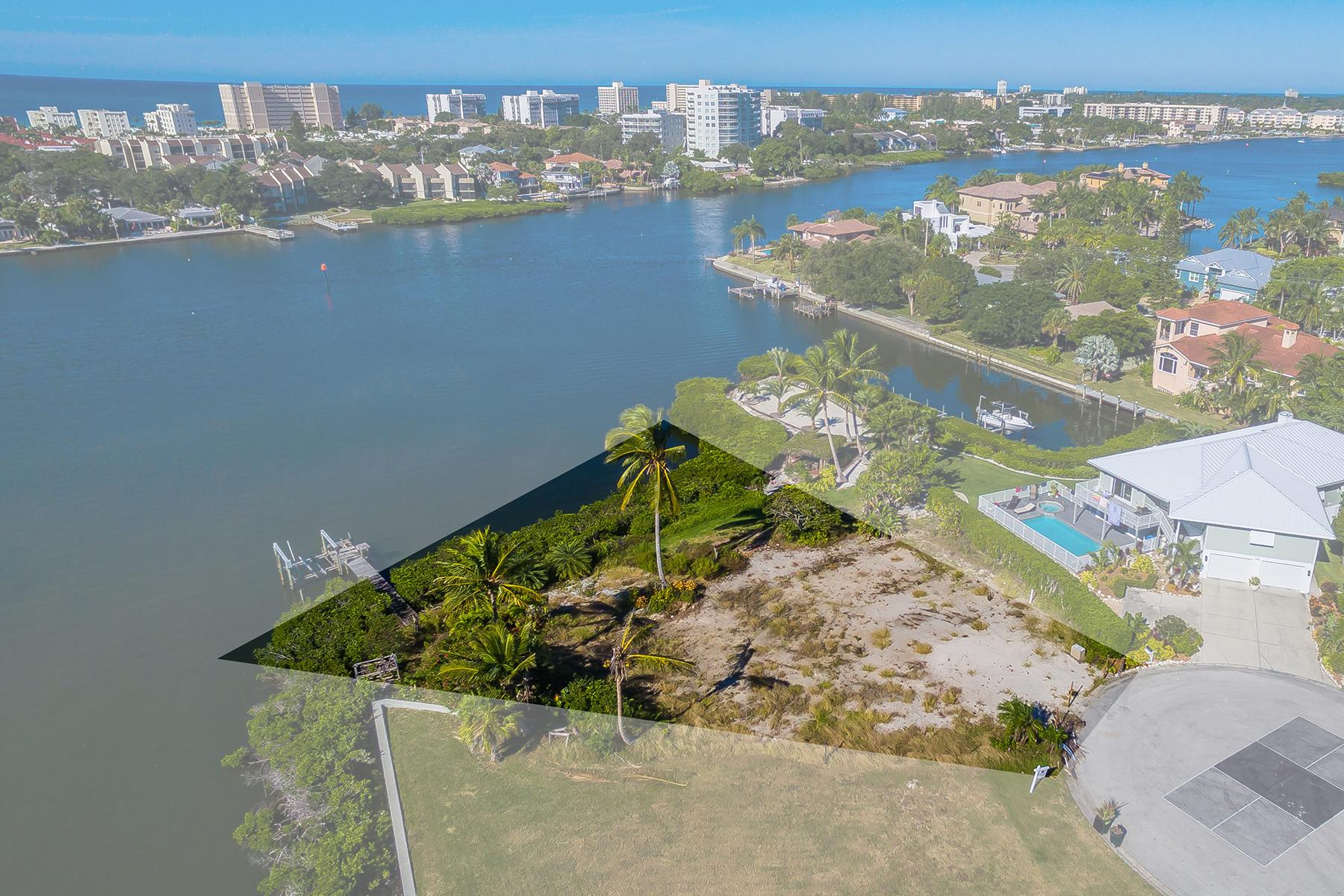 Terrain pour l Vente à BAYWINDS ESTATE 1604 Baywinds Ln 13 Sarasota, Florida, 34231 États-Unis