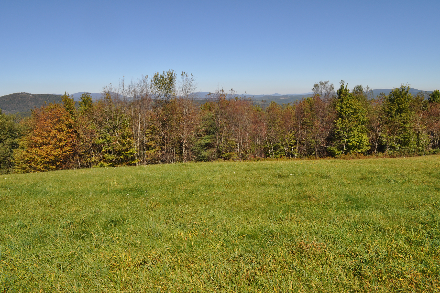 Land for Sale at SORRENTO SKIES - BOONE Lot 16 Bella Vista, Boone, North Carolina 28607 United States