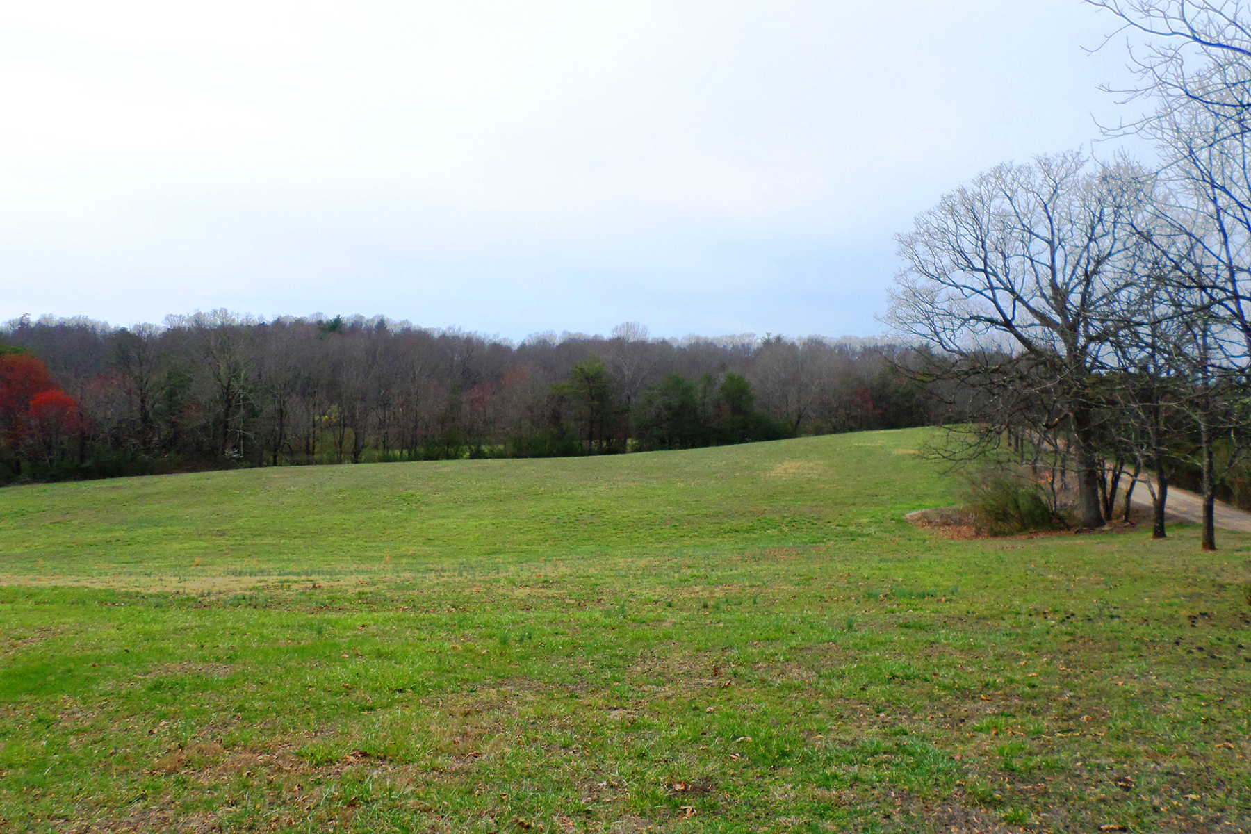 Additional photo for property listing at MORGANTON - 332 Acres 5200  Seven Springs Ln,  Morganton, North Carolina 28655 United States