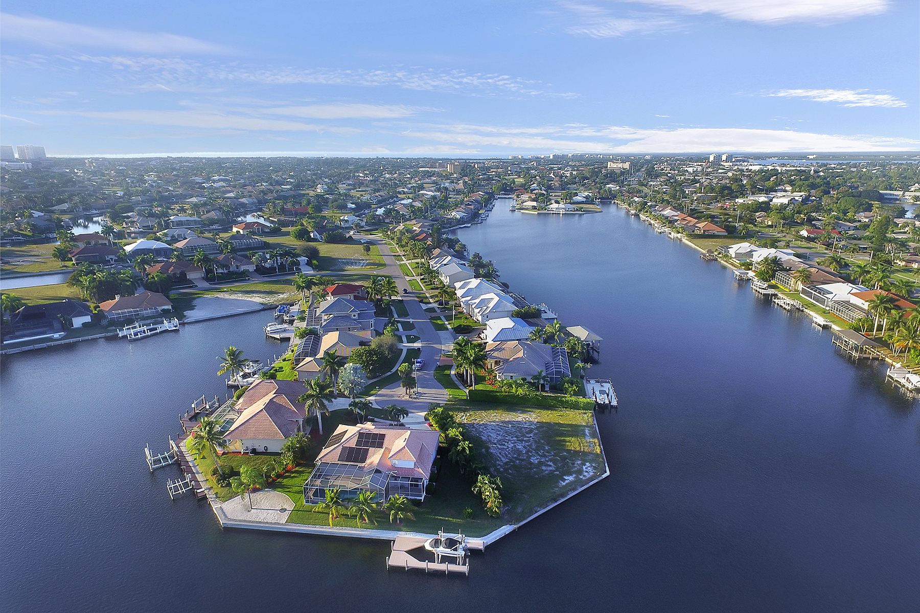 Terreno por un Venta en MARCO ISLAND 1189 Strawberry Ct Marco Island, Florida, 34145 Estados Unidos
