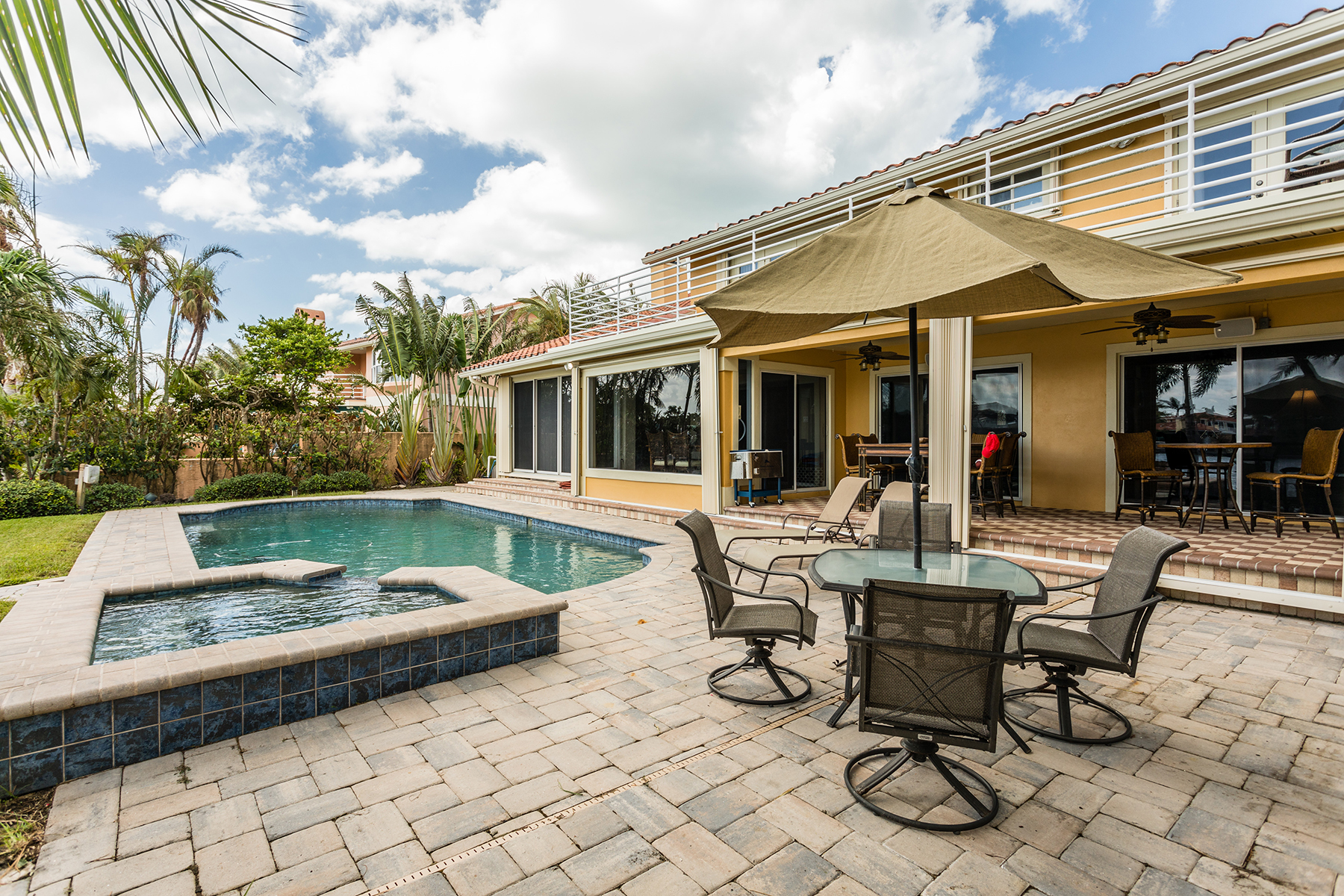 Additional photo for property listing at BELLEAIR BEACH 3117  Tiffany Dr,  Belleair Beach, Florida 33786 United States