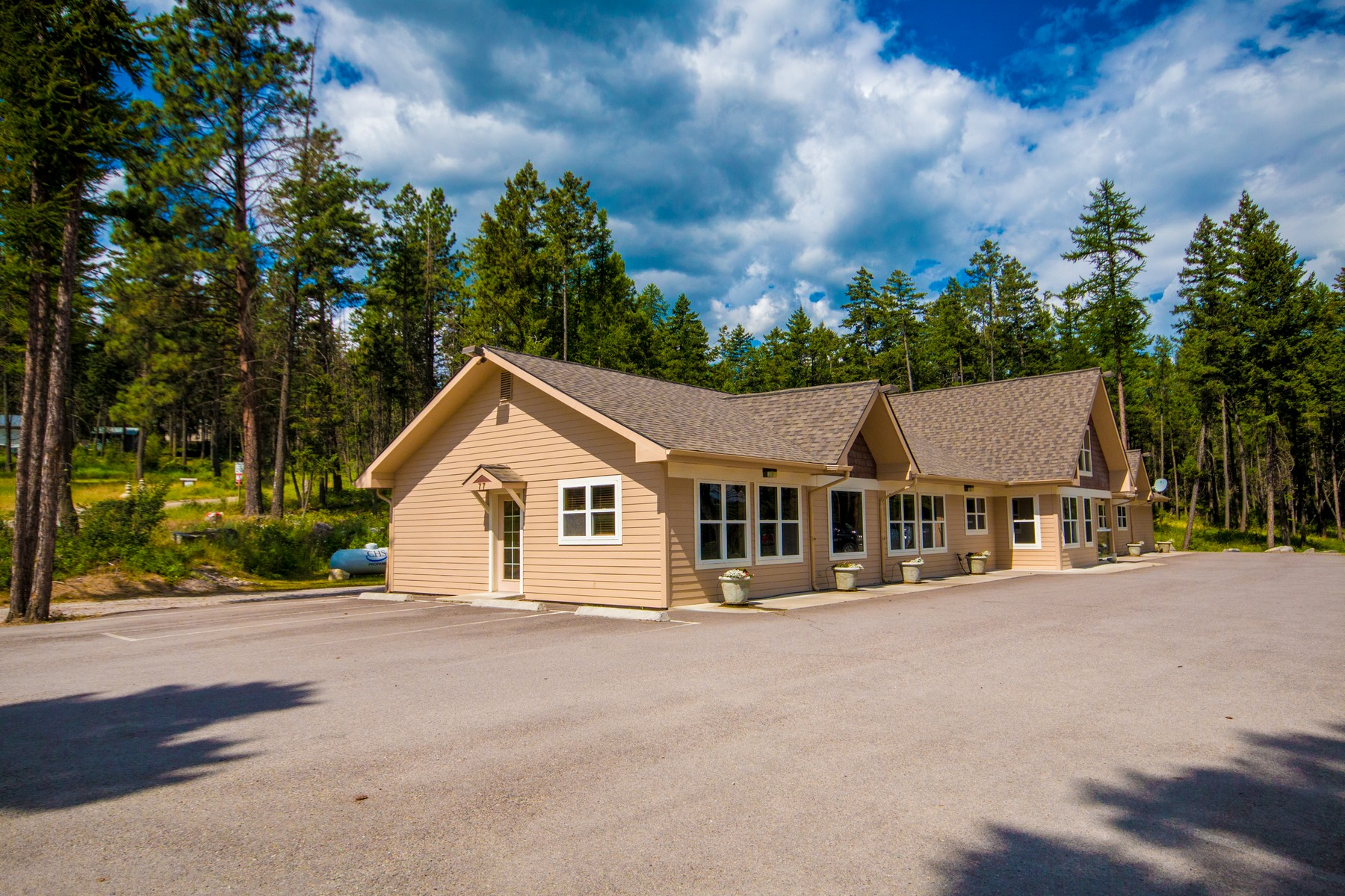Additional photo for property listing at 77 Deer Creek Road , Somers, MT 59932 77  Deer Creek Rd Somers, Montana 59932 United States