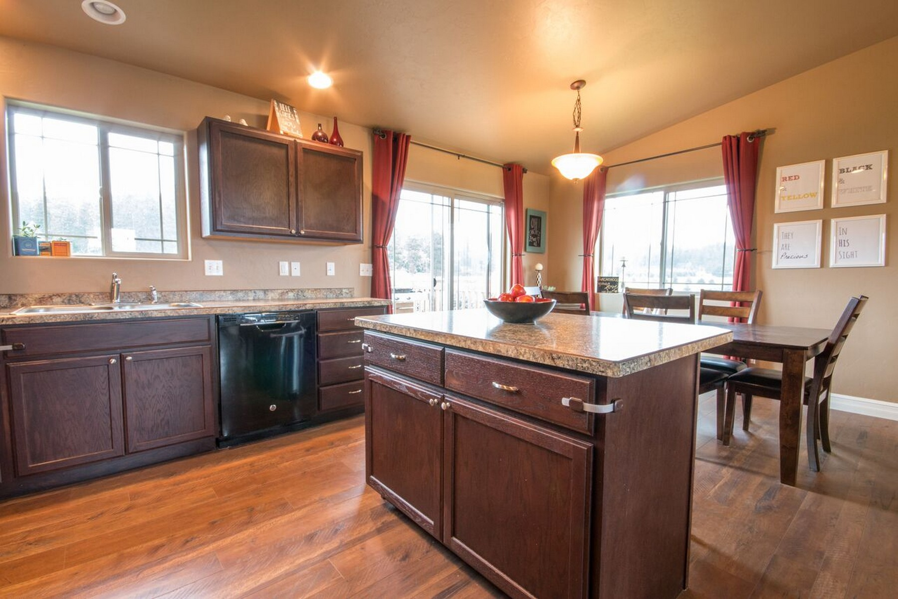 Additional photo for property listing at 1181 Mill Creek Dr , Bigfork, MT 59911 1181  Mill Creek Dr Bigfork, Montana 59911 United States