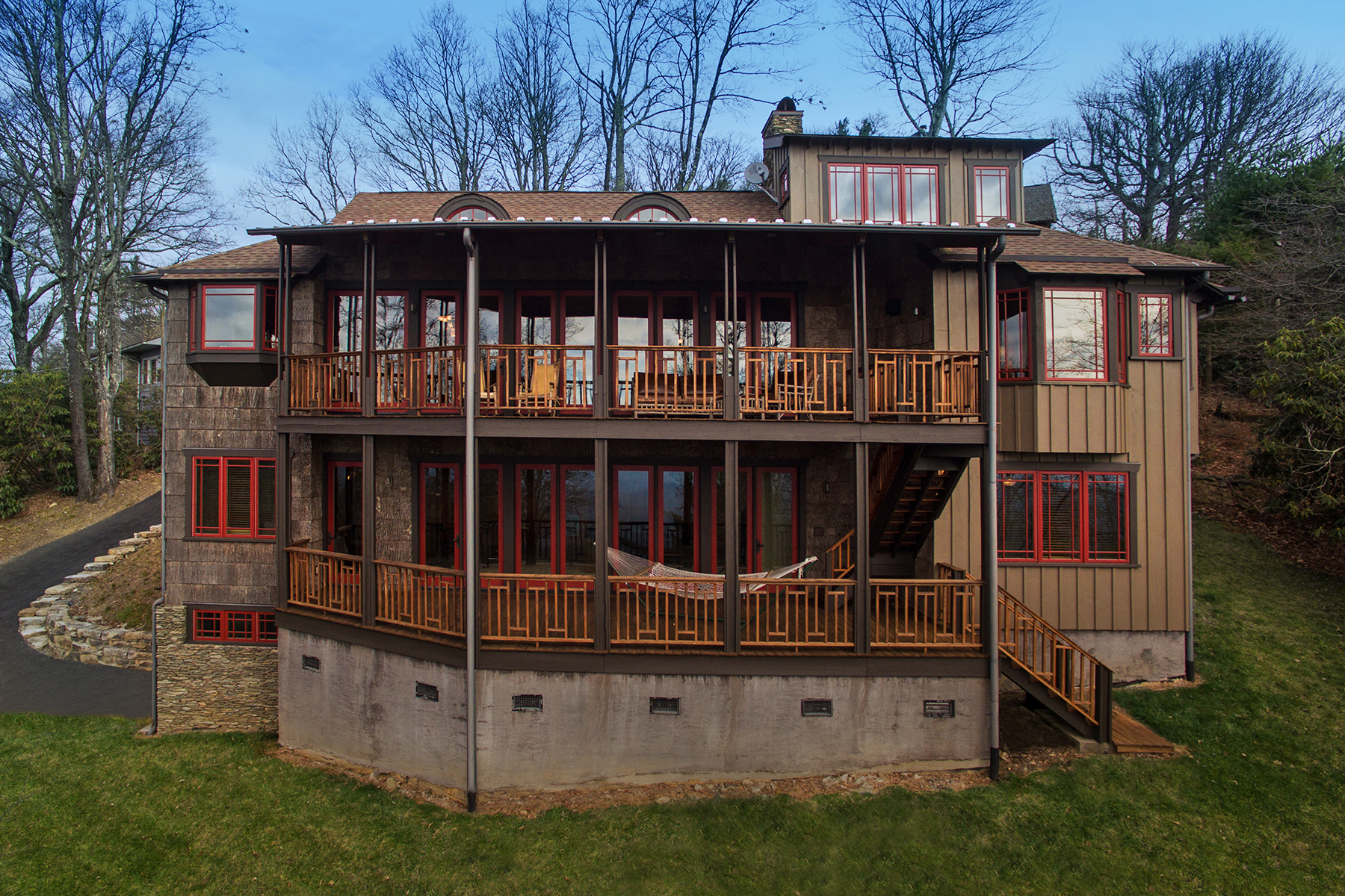 Additional photo for property listing at BLOWING ROCK - LAUREL PARK 157  Dogwood Ln,  Blowing Rock, North Carolina 28605 United States