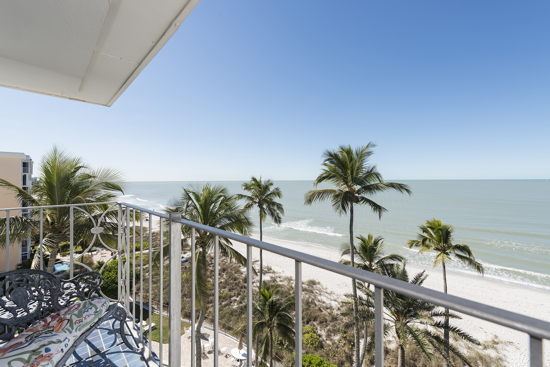 Condominium for Sale at MOORINGS - CARRIAGE CLUB 2011 Gulf Shore Blvd N 61 Naples, Florida, 34102 United States