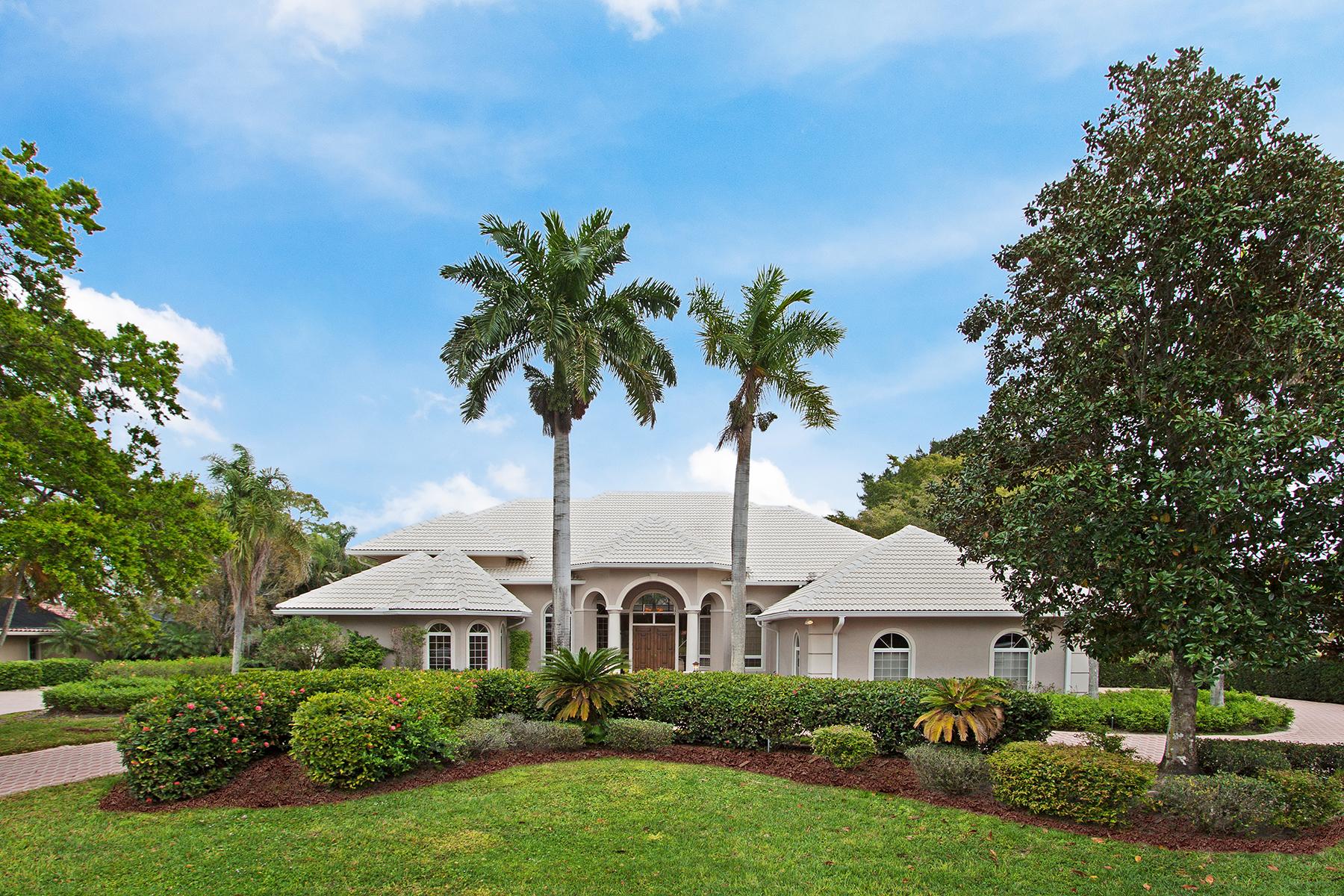 Частный односемейный дом для того Продажа на QUAIL CREEK 12924 Bald Cypress Ln Quail Creek, Naples, Флорида, 34119 Соединенные Штаты