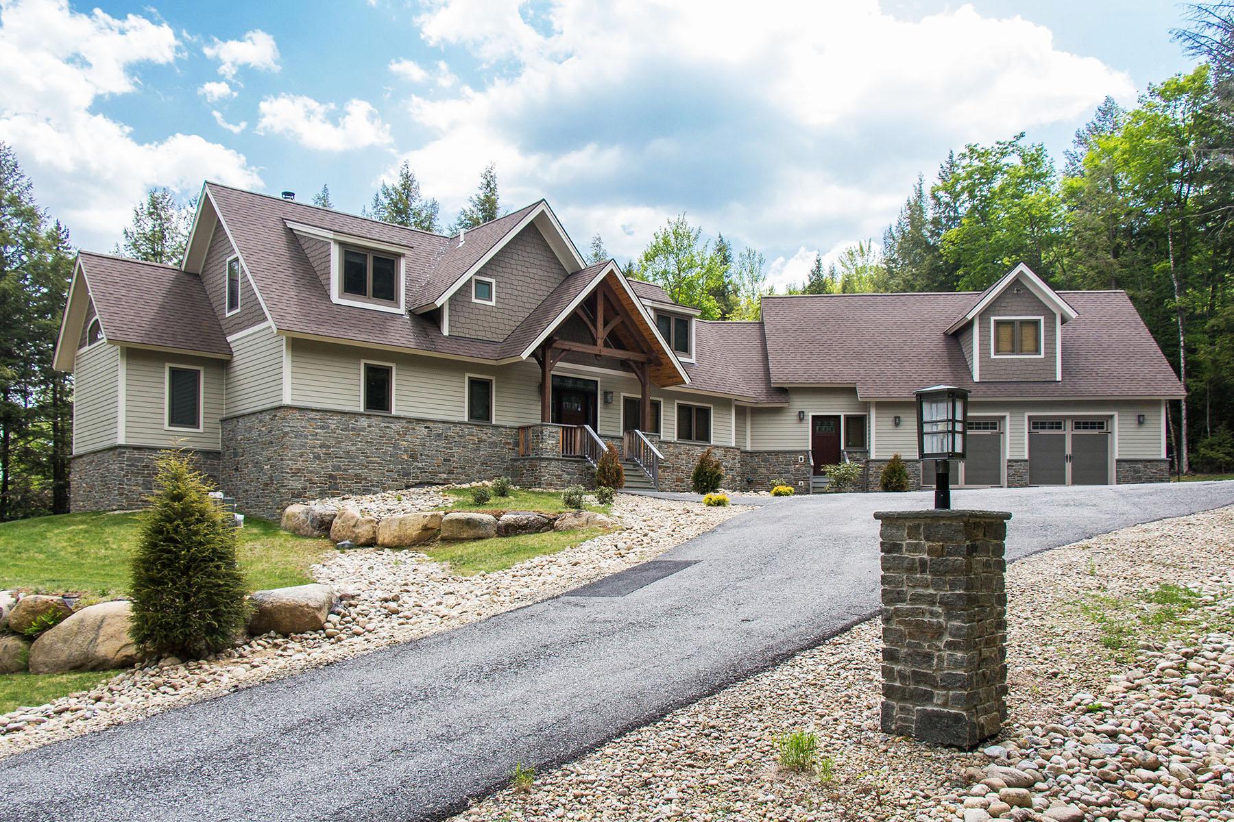 Maison unifamiliale pour l Vente à Luxury Wood Pegged Timber Frame 15 Straight Brook Ln North Creek, New York, 12853 États-Unis