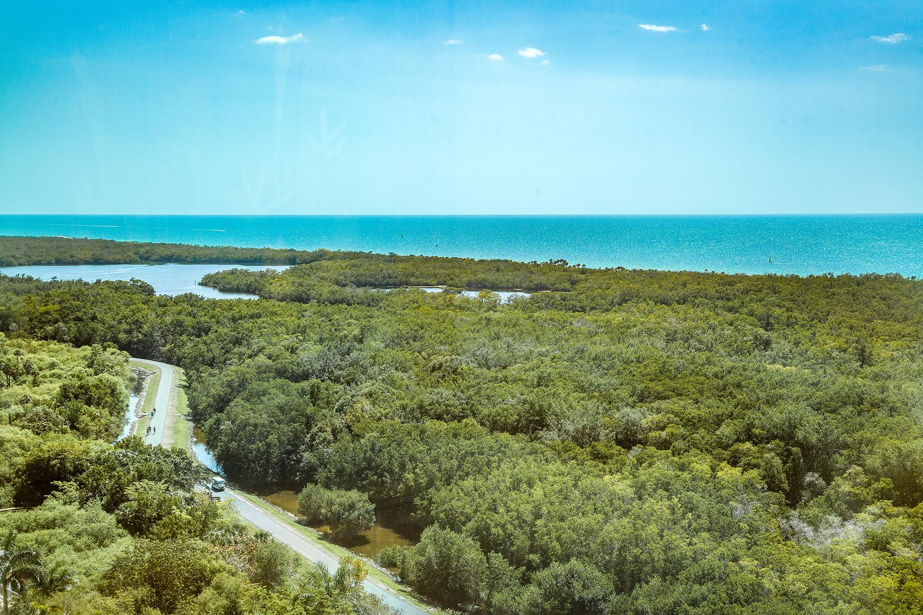 Condominio per Vendita alle ore PELICAN BAY - CLARIDGE 7515 Pelican Bay Blvd 17C Naples, Florida, 34108 Stati Uniti