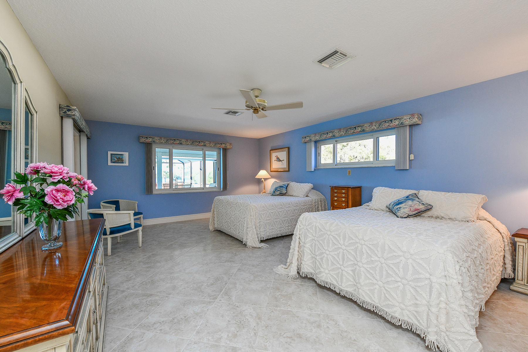 Additional photo for property listing at SOUTHBAY YACHT & RACQUET CLUB 457  Yacht Harbor Dr,  Osprey, Florida 34229 United States