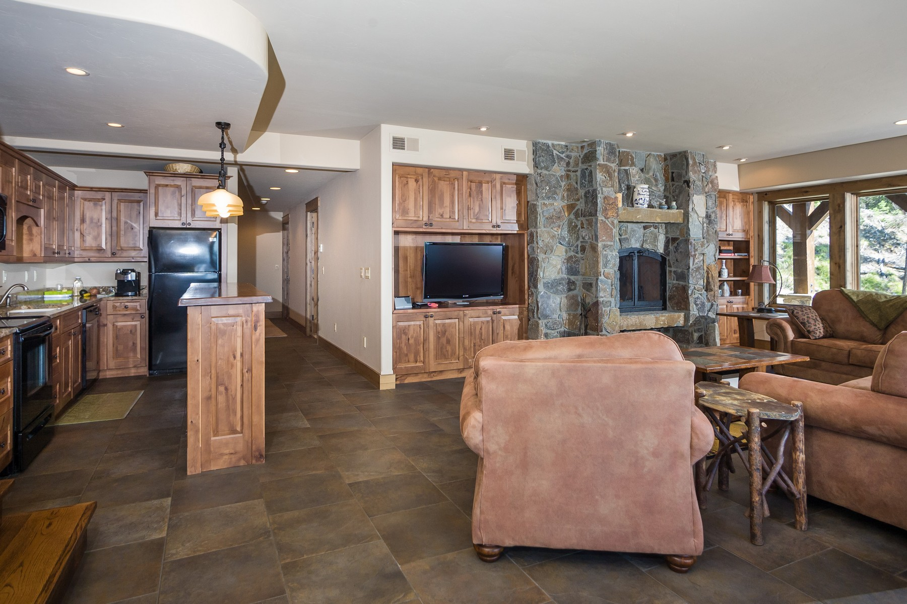 Additional photo for property listing at 157 Elk Highlands Drive 157  Elk Highlands Dr Whitefish, Montana 59937 United States