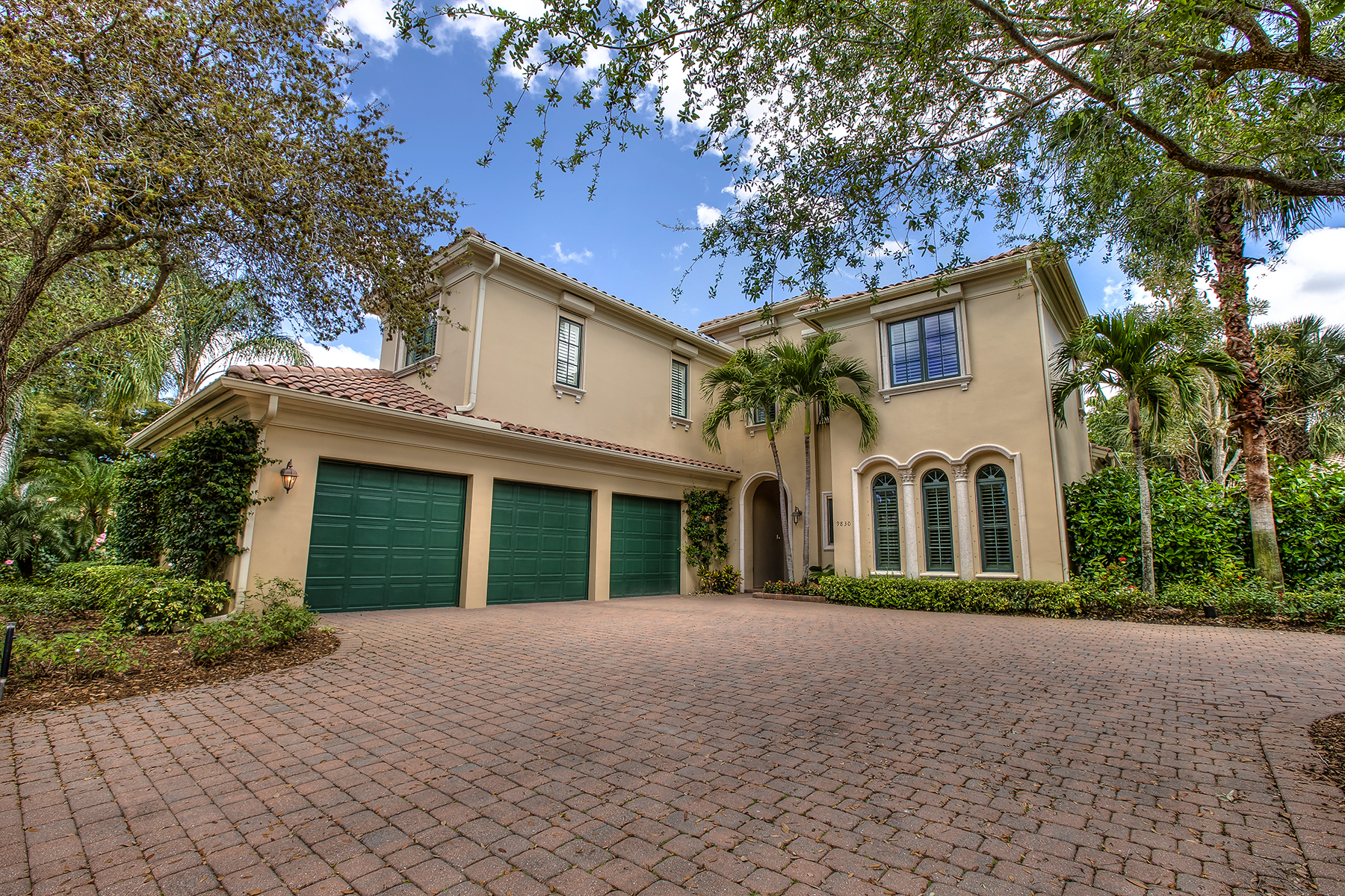 Single Family Home for Sale at SWEET BAY 9830 Bay Meadow Estero, Florida 34135 United States