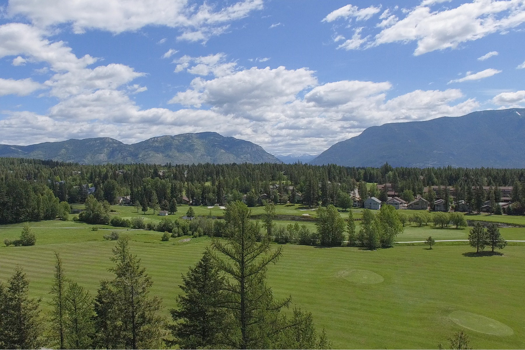 Additional photo for property listing at 280 Meadow Lake Drive 280  Meadow Lake Dr Columbia Falls, Montana 59912 United States