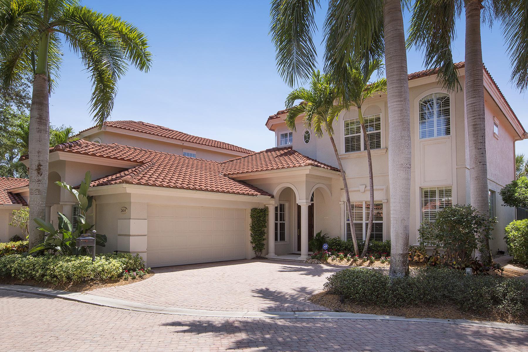 Maison unifamiliale pour l Vente à 2614 Lermitage Ln , Naples, FL 34105 2614 Lermitage Ln Naples, Florida, 34105 États-Unis
