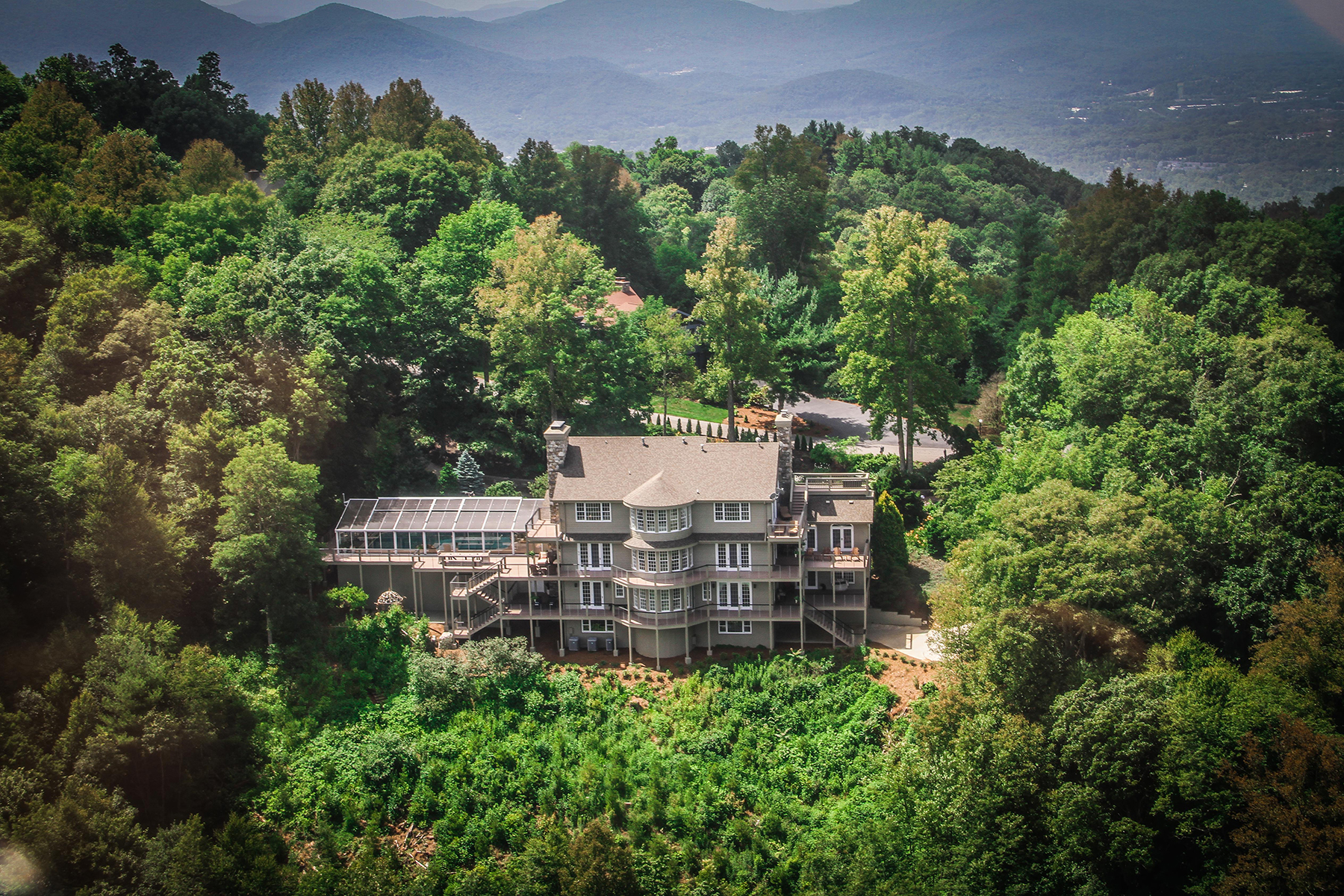 Single Family Home for Sale at ASHEVILLE 35 Peach Knob Dr Asheville, North Carolina, 28804 United States