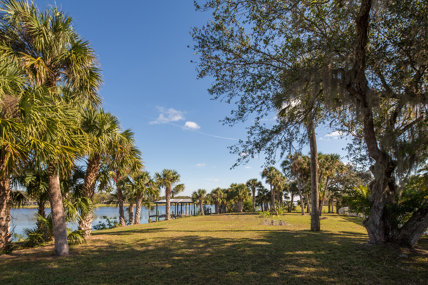 Additional photo for property listing at 17331 Palm Beach Blvd , Alva, FL 33920 17331  Palm Beach Blvd,  Alva, Florida 33920 United States