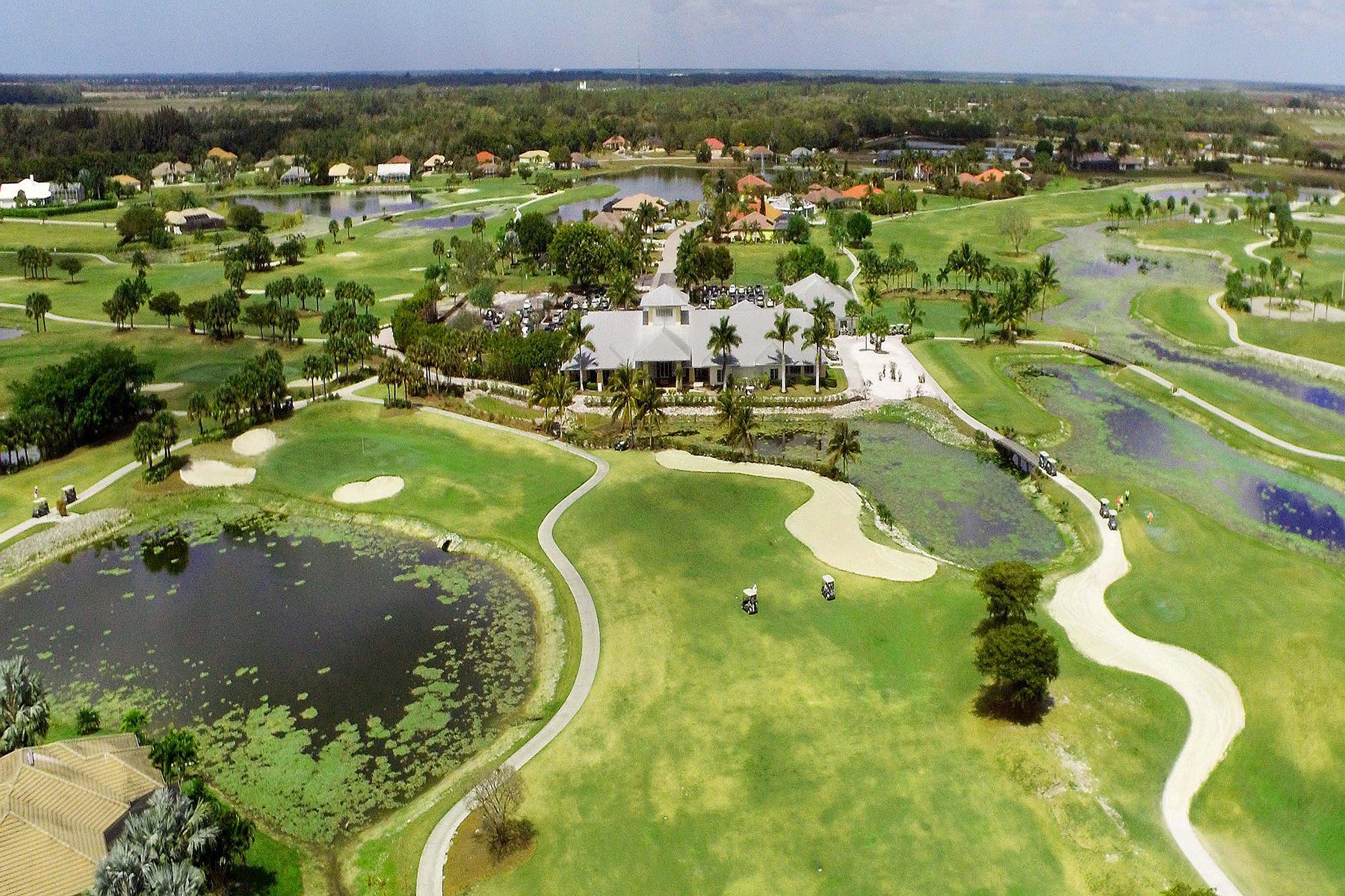 Terrain pour l Vente à ROYAL PALM GOLF ESTATES 18570 Royal Hammock Blvd Naples, Florida, 34114 États-Unis