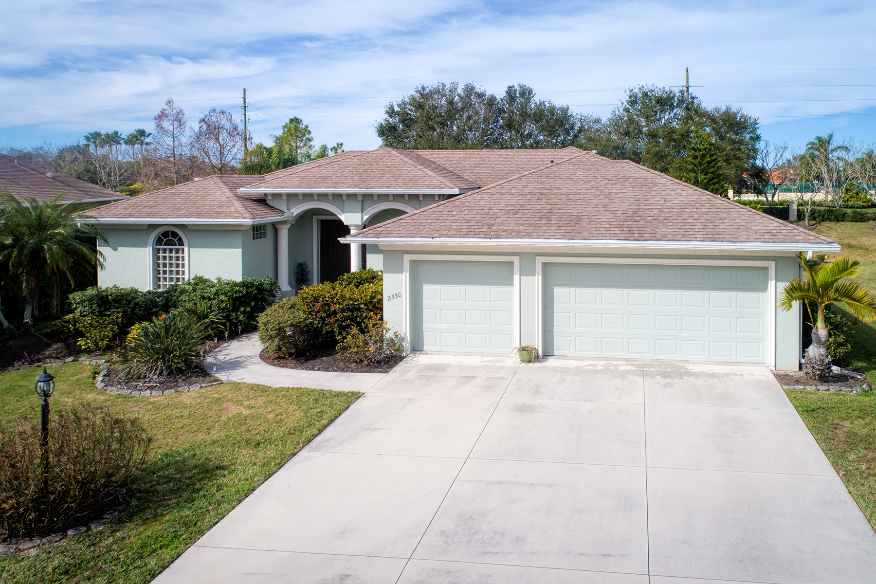 Single Family Home for Sale at LAUREL MEADOWS 2350 Vintage St, Sarasota, Florida, 34240 United States