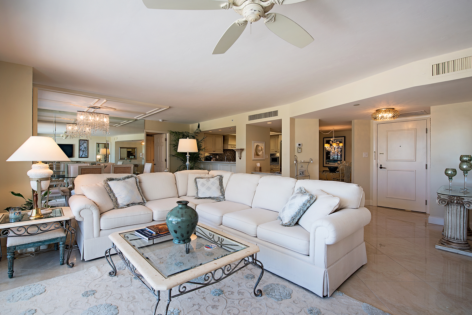 Additional photo for property listing at TERRACES AT PARK SHORE 4751  Gulf Shore Blvd  N 406,  Naples, Florida 34103 United States