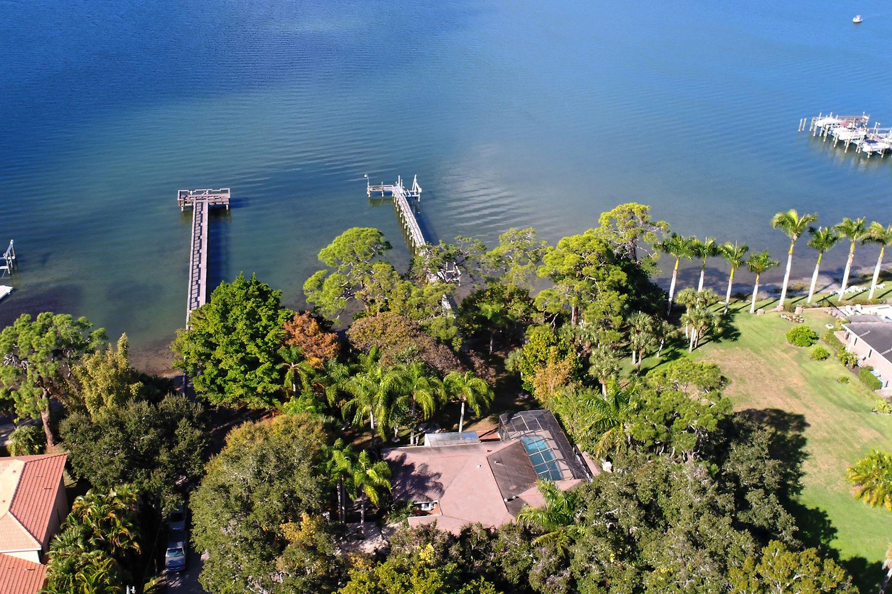 Terrain pour l Vente à VILLAGE OF OSPREY 128 Main St 5 Osprey, Florida, 34229 États-Unis