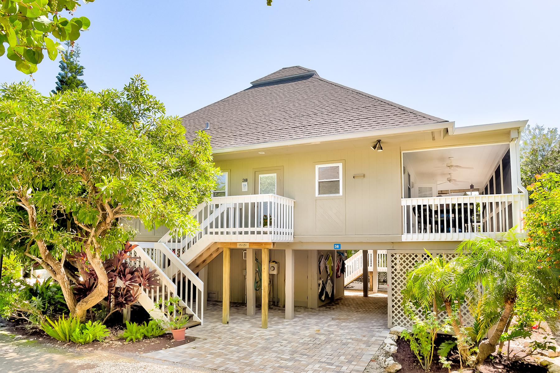 واحد منزل الأسرة للـ Sale في 38 Sea Hibiscus Ct , Captiva, FL 33924 38 Sea Hibiscus Ct, Captiva, Florida, 33924 United States