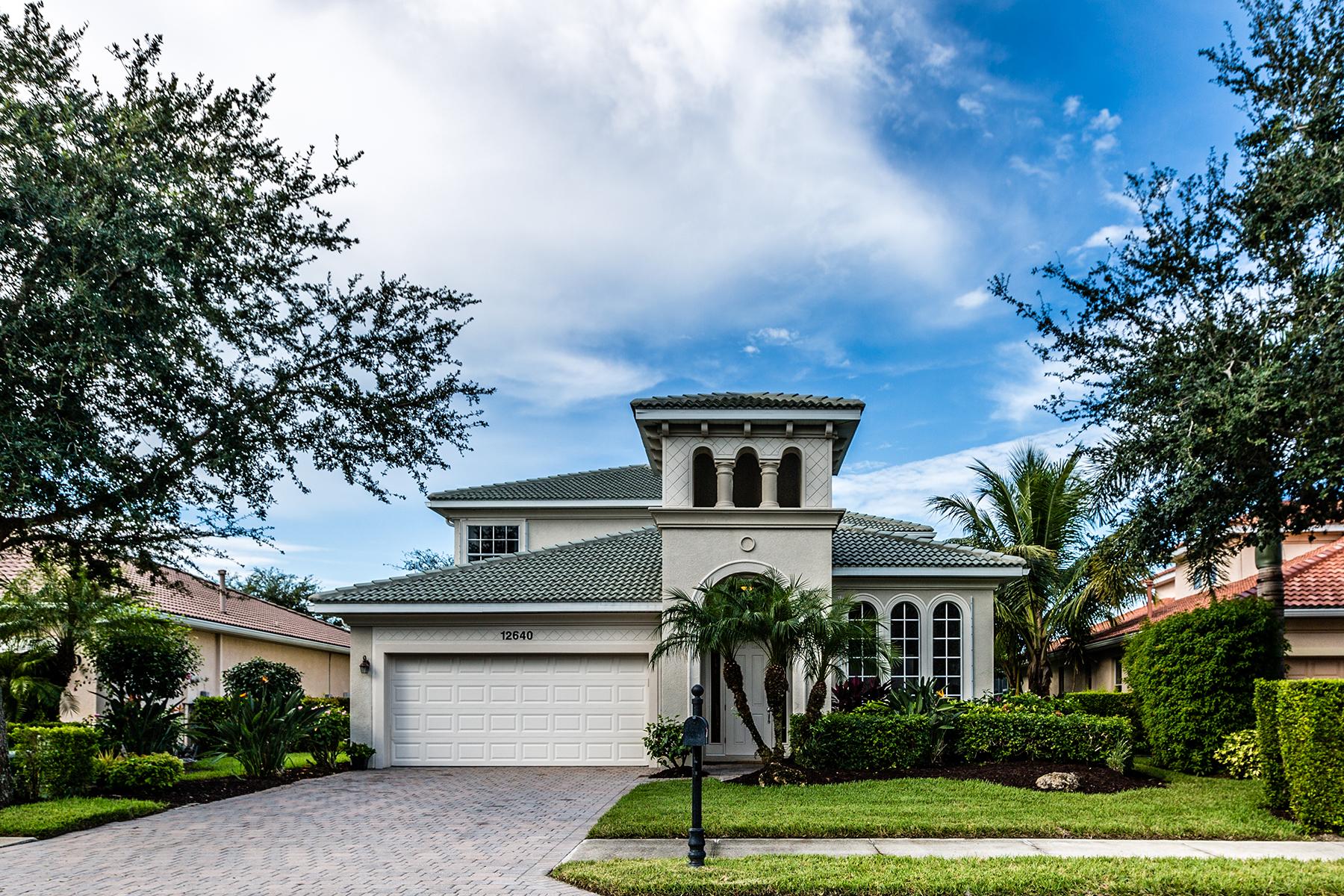 Maison unifamiliale pour l Vente à AVIANO 12640 Biscayne Ct Naples, Florida, 34105 États-Unis