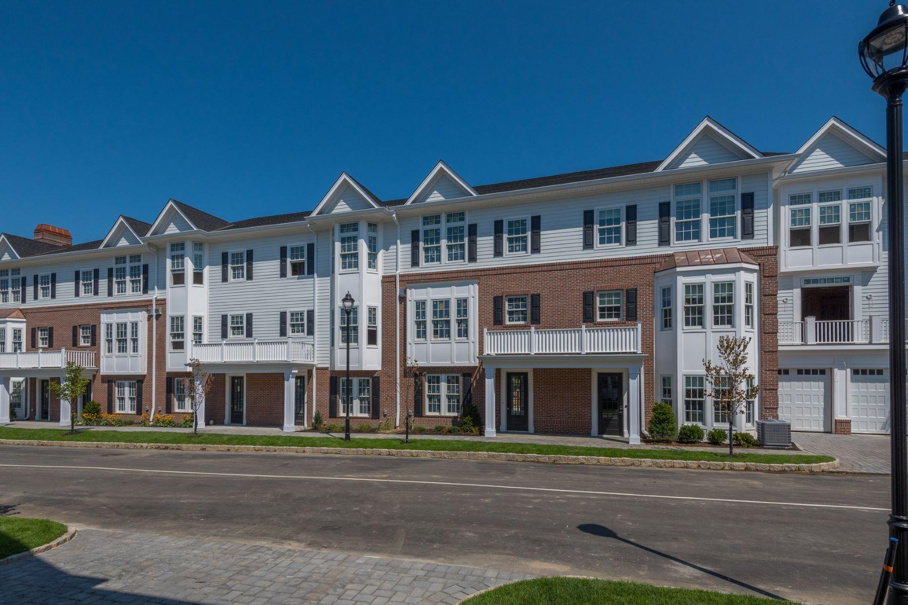 Частный односемейный дом для того Продажа на 1101 Grist Mill Cir , 1101, Roslyn, NY 11576 1101 Grist Mill Cir 1101 Roslyn, Нью-Йорк 11576 Соединенные Штаты