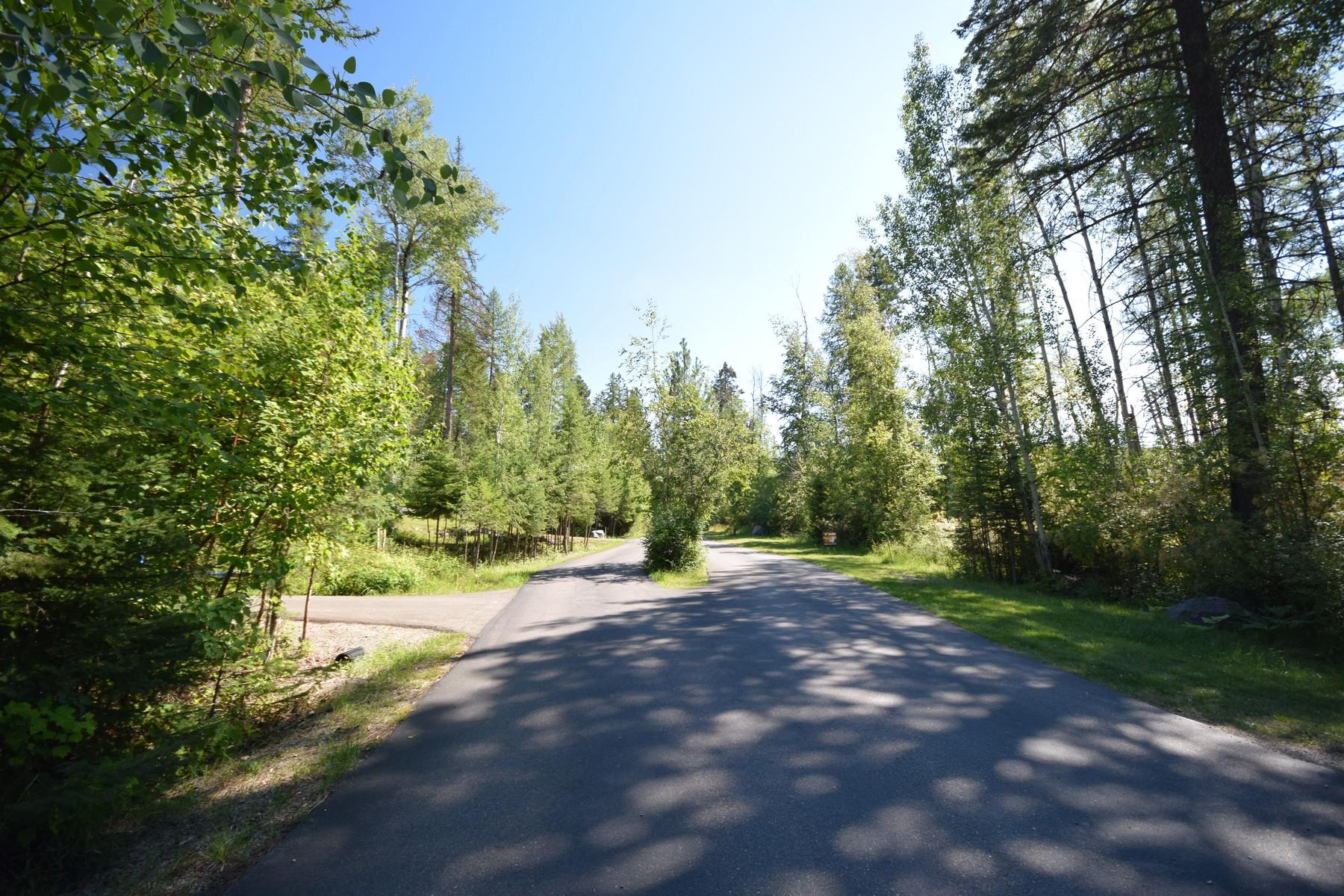 Additional photo for property listing at 682 Latigo Ln , Bigfork, MT 59911 682  Latigo Ln Bigfork, Montana 59911 United States