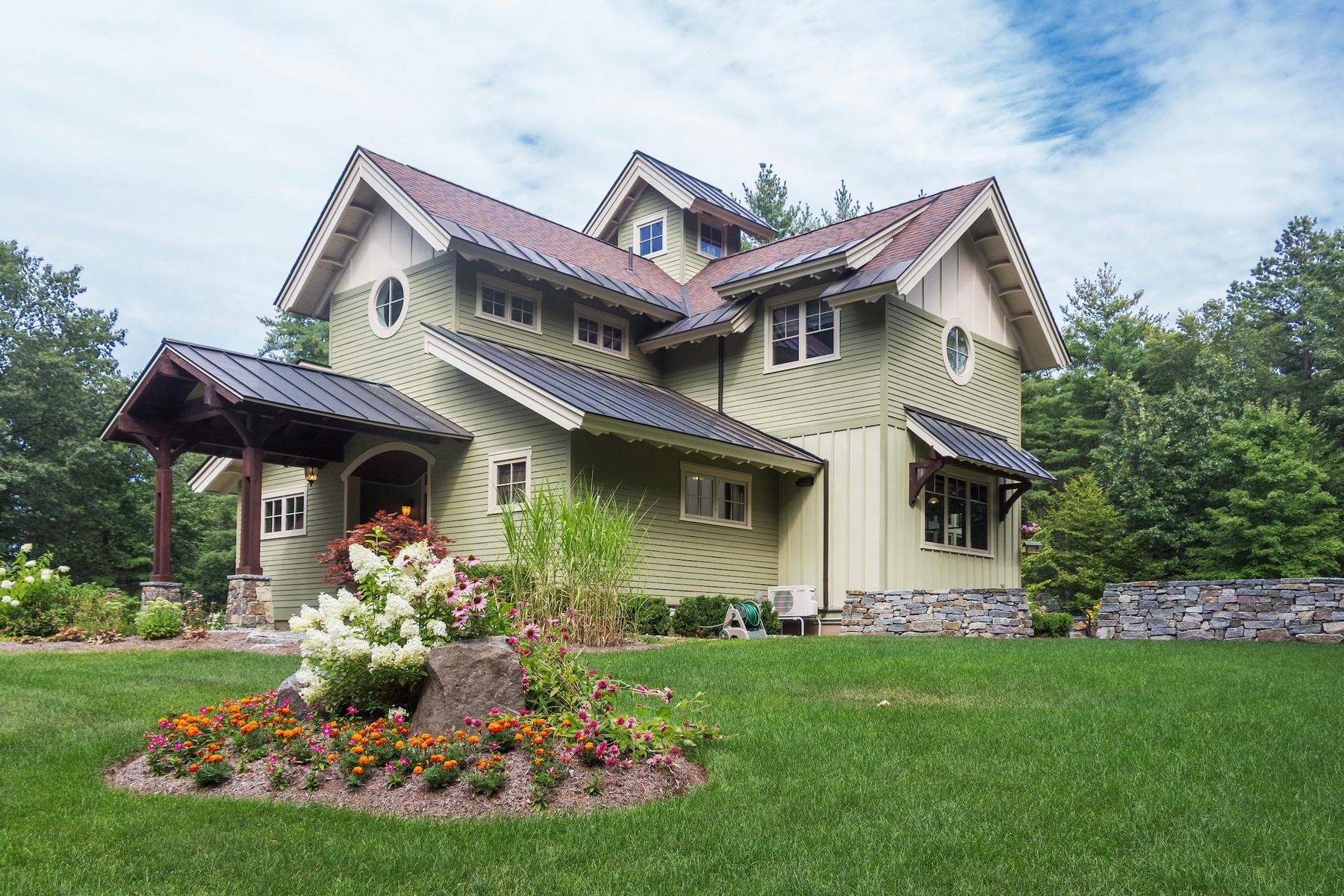 Casa Unifamiliar por un Venta en Custom Built Home in Saratoga Springs 149 Louden Rd Saratoga Springs, Nueva York, 12866 Estados Unidos