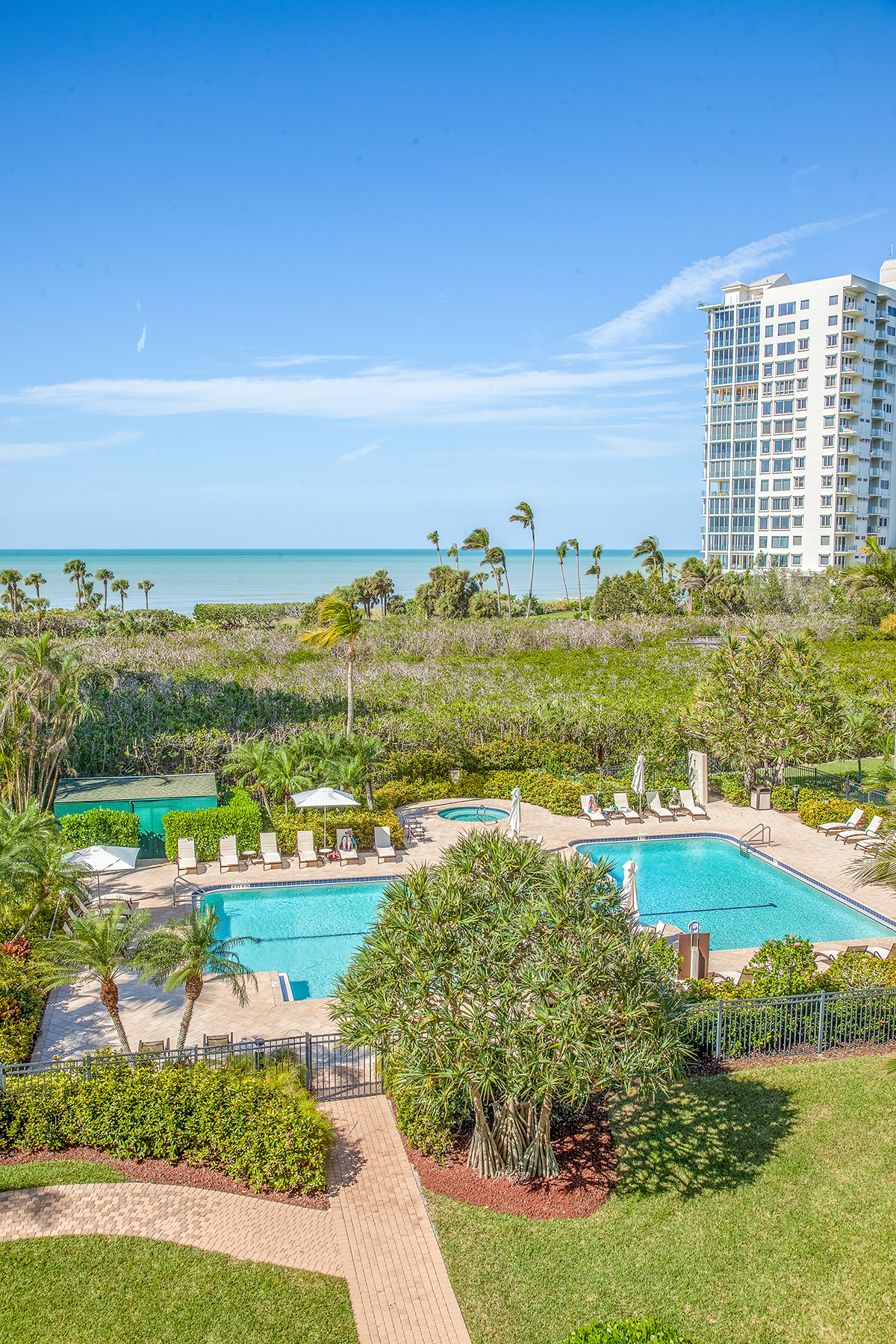 Additional photo for property listing at CLUB AT NAPLES CAY 40  Seagate Dr 202,  Naples, Florida 34103 United States