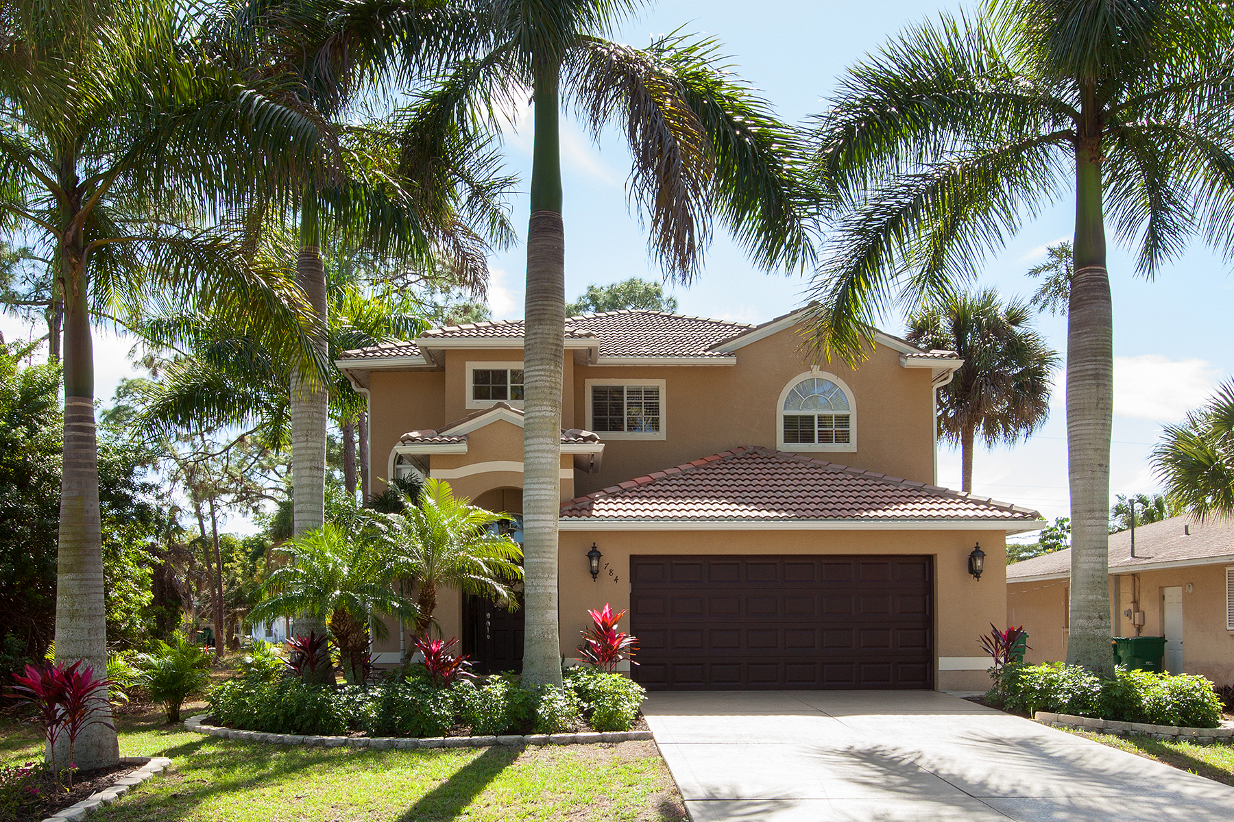 Single Family Home for Sale at Naples 784 110th Ave N Naples, Florida, 34108 United States