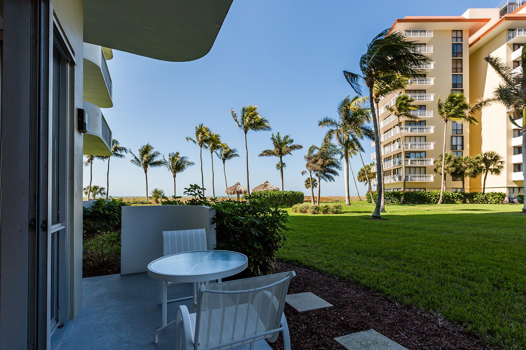 Condomínio para Venda às MARCO ISLAND 140 Seaview Ct N-106 Marco Island, Florida, 34145 Estados Unidos