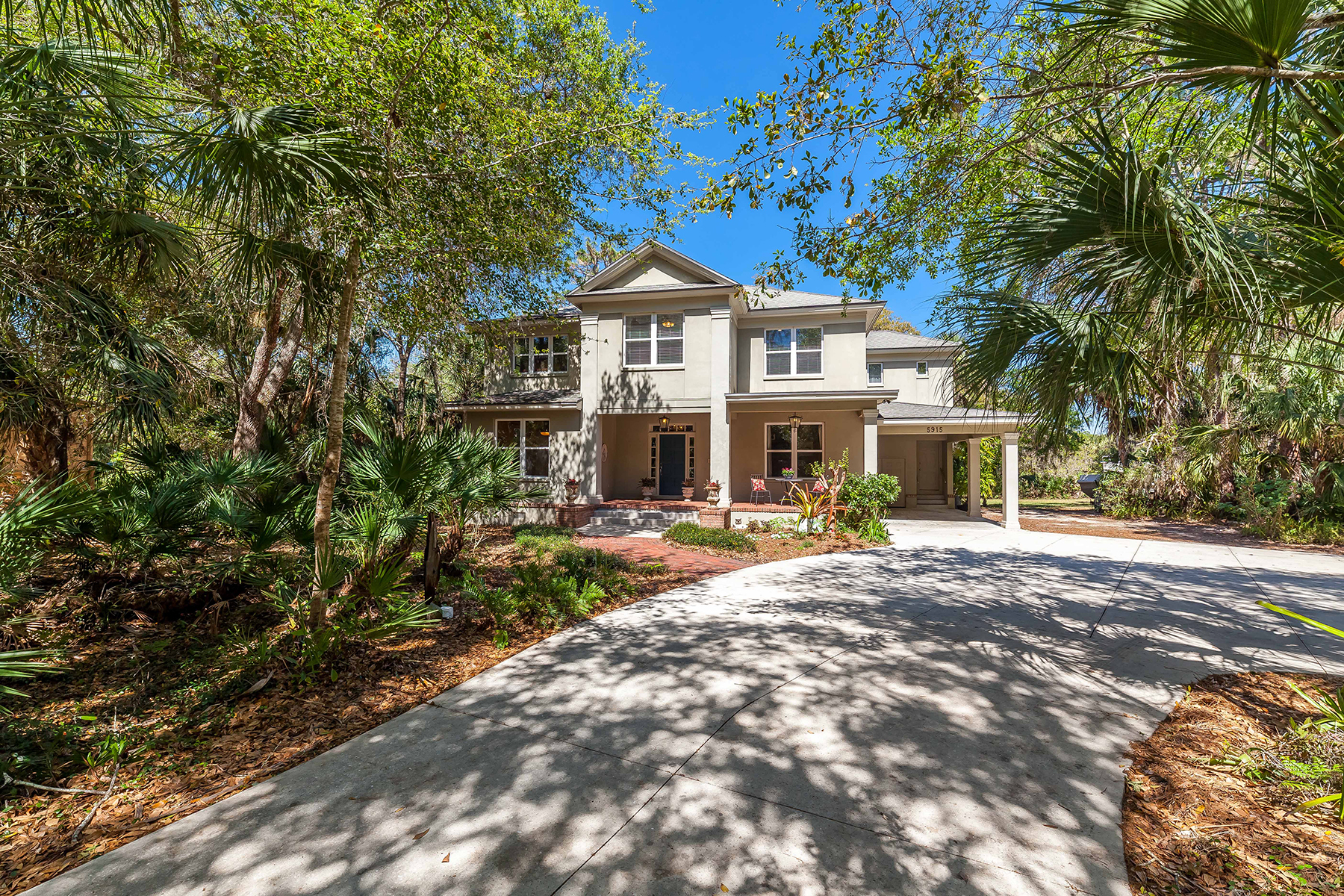 Single Family Home for Sale at BRADENTON 5915 River Forest Cir Bradenton, Florida, 34203 United States