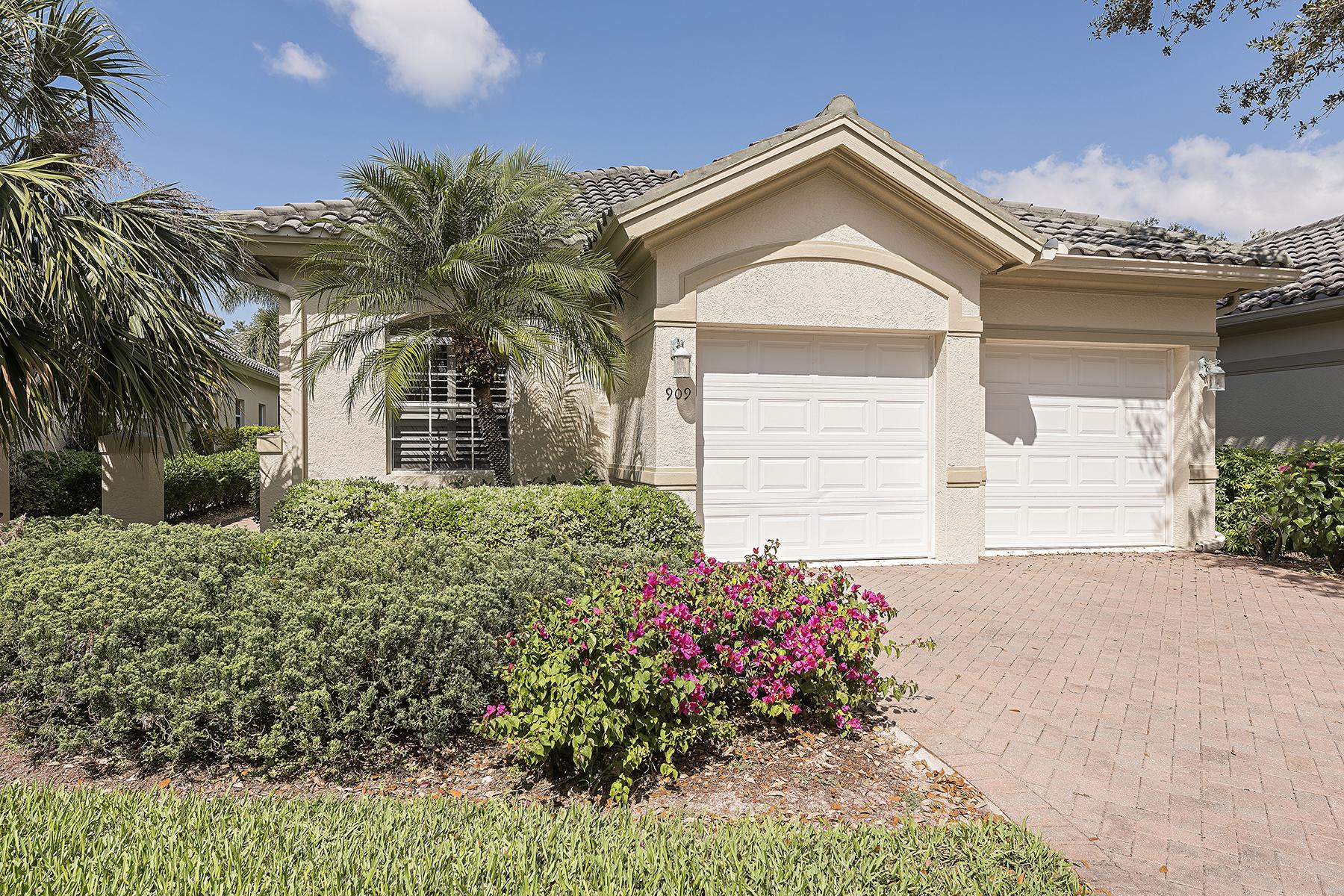 Stadthaus für Verkauf beim VINEYARDS - VILLA VISTANA 909 Vistana Cir 8, Vineyards, Naples, Florida, 34119 Vereinigte Staaten