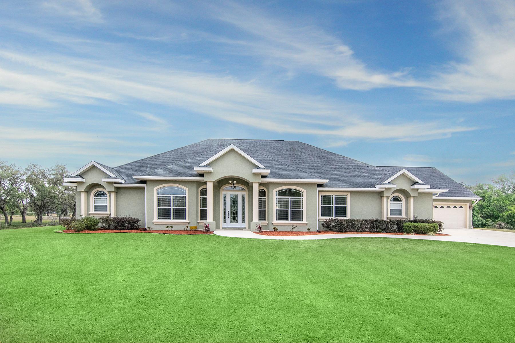 Single Family Home for Sale at SEBRING 110 Mini Ranch Rd Sebring, Florida 33870 United States