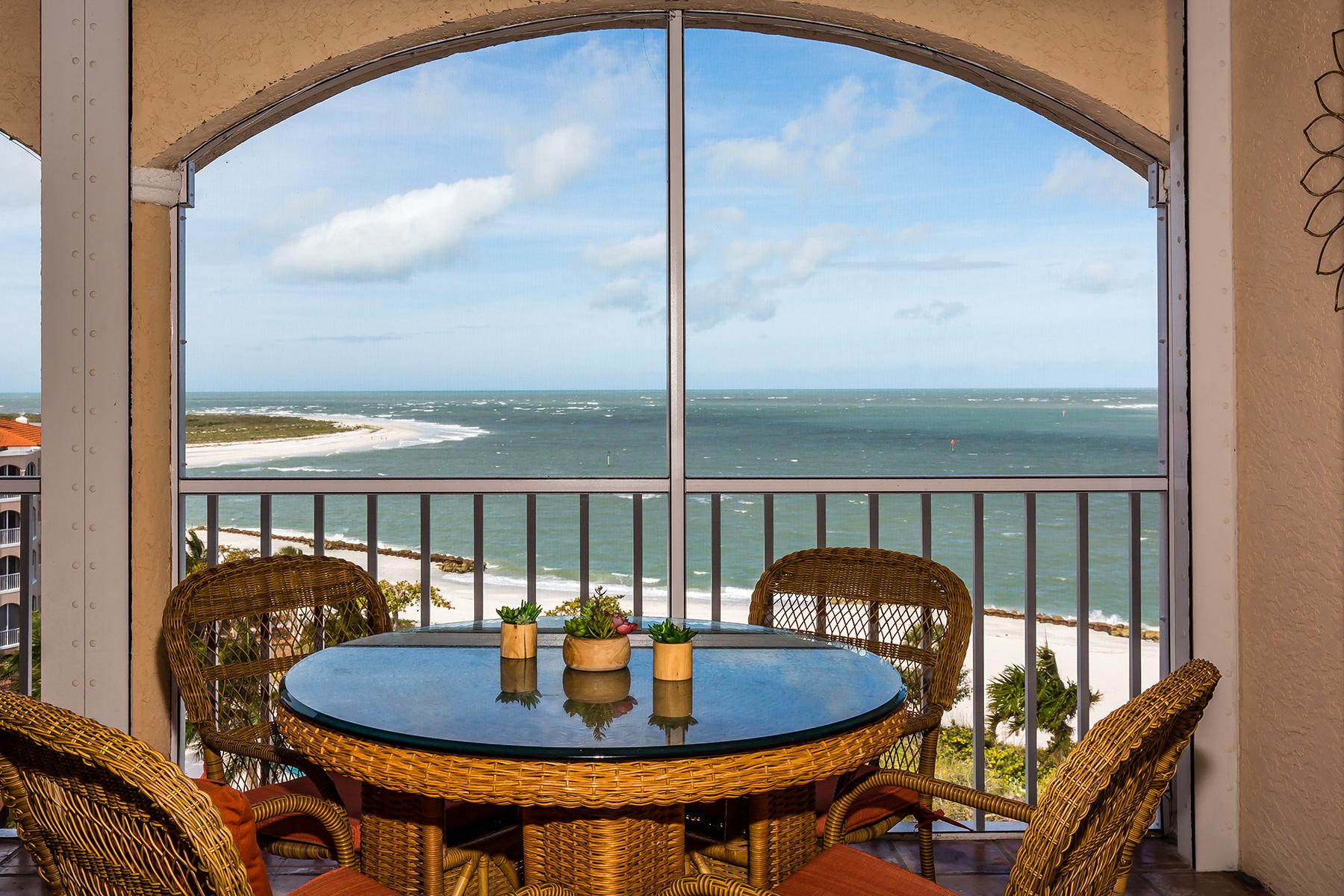 Condomínio para Venda às 3000 Royal Marco Way , PH-M, Marco Island, FL 3414 3000 Royal Marco Way PH-M Marco Island, Florida, 34145 Estados Unidos