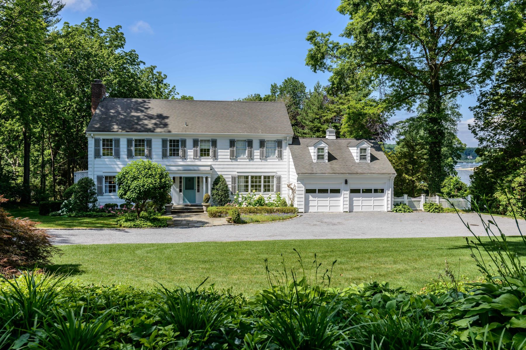 Single Family Home for Sale at 9 Harbor Hill Rd , Huntington Bay, NY 11743 9 Harbor Hill Rd, Huntington Bay, New York, 11743 United States