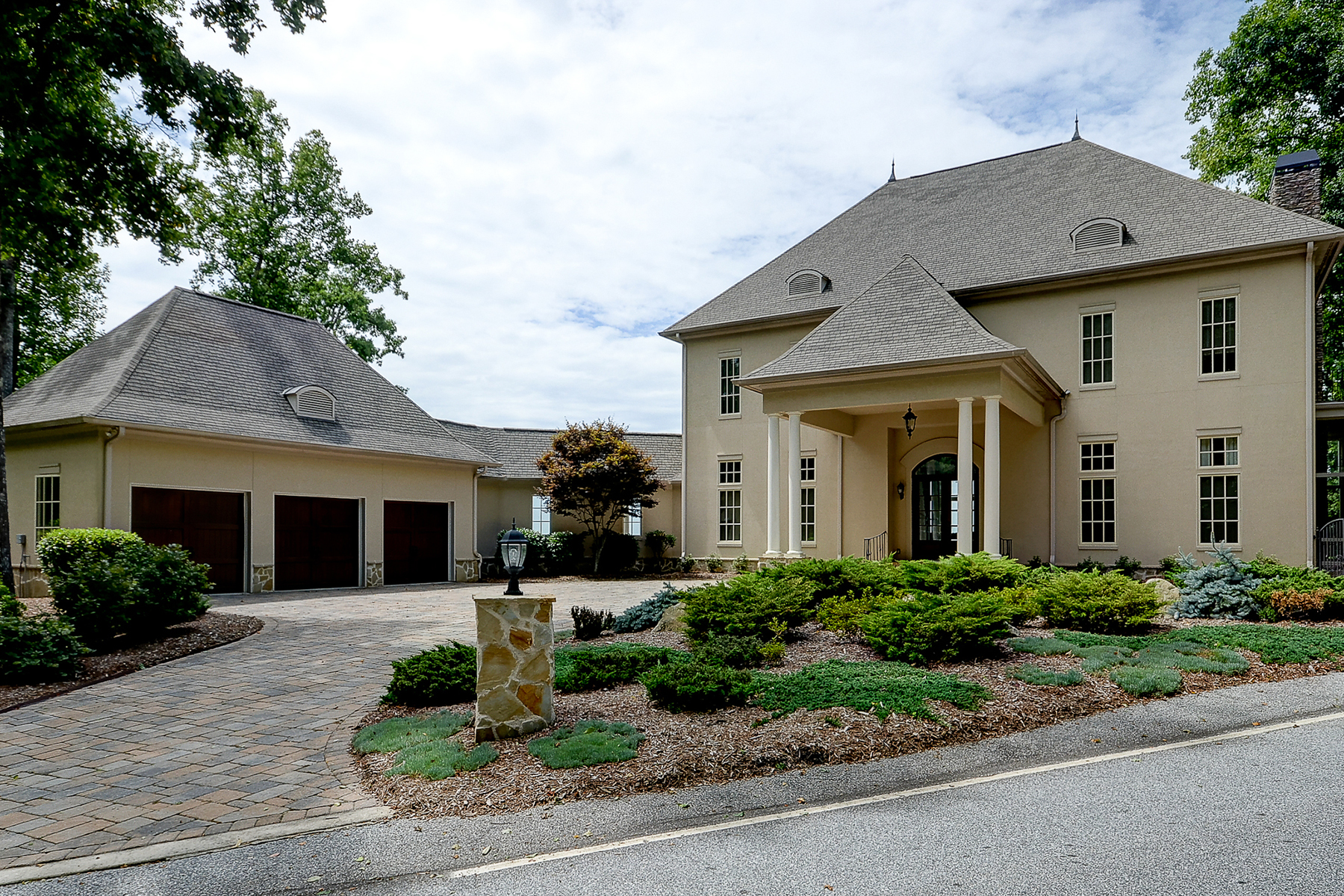 Maison unifamiliale pour l Vente à THE CLIFFS AT GLASSY 29 Falling Star Way Landrum, Caroline Du Sud, 29356 États-Unis