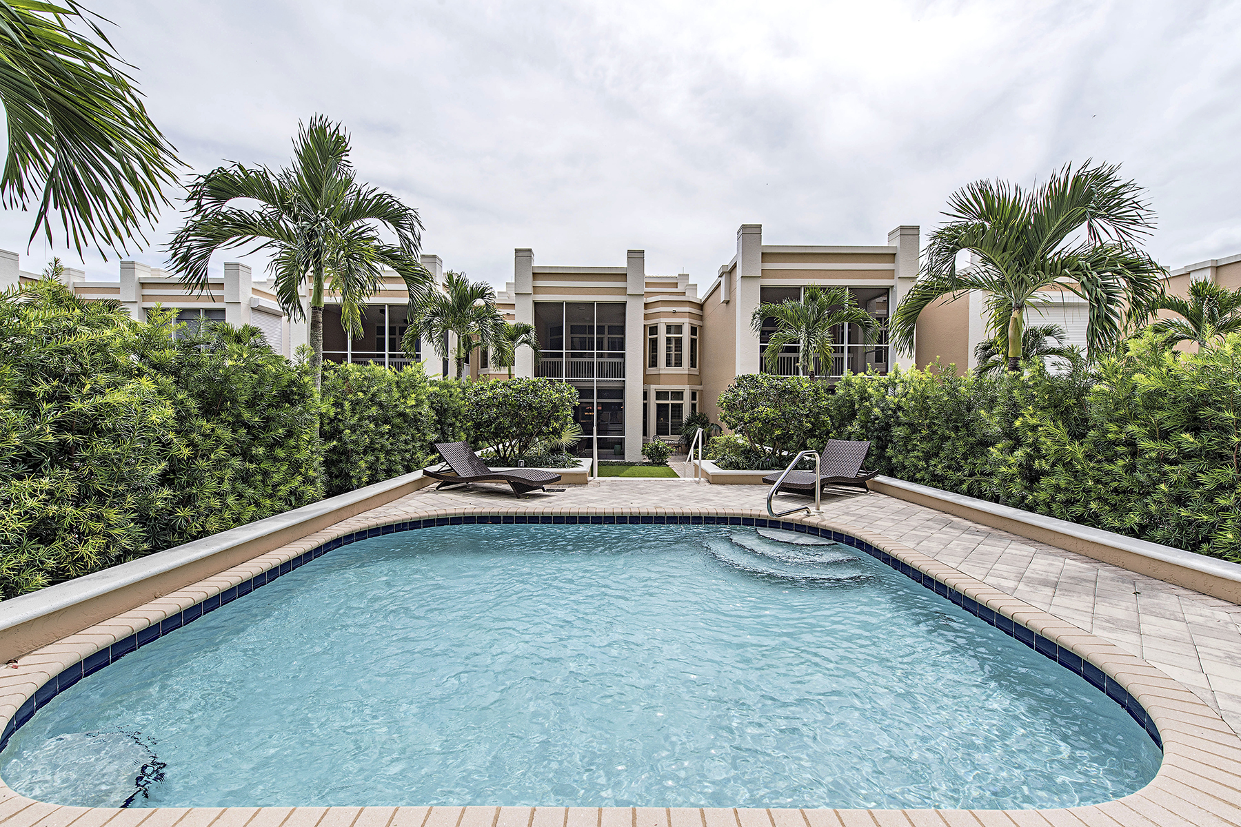 Condominium for Sale at PELICAN BAY - ST RAPHAEL 7083 Pelican Bay Blvd V-11, Naples, Florida 34108 United States
