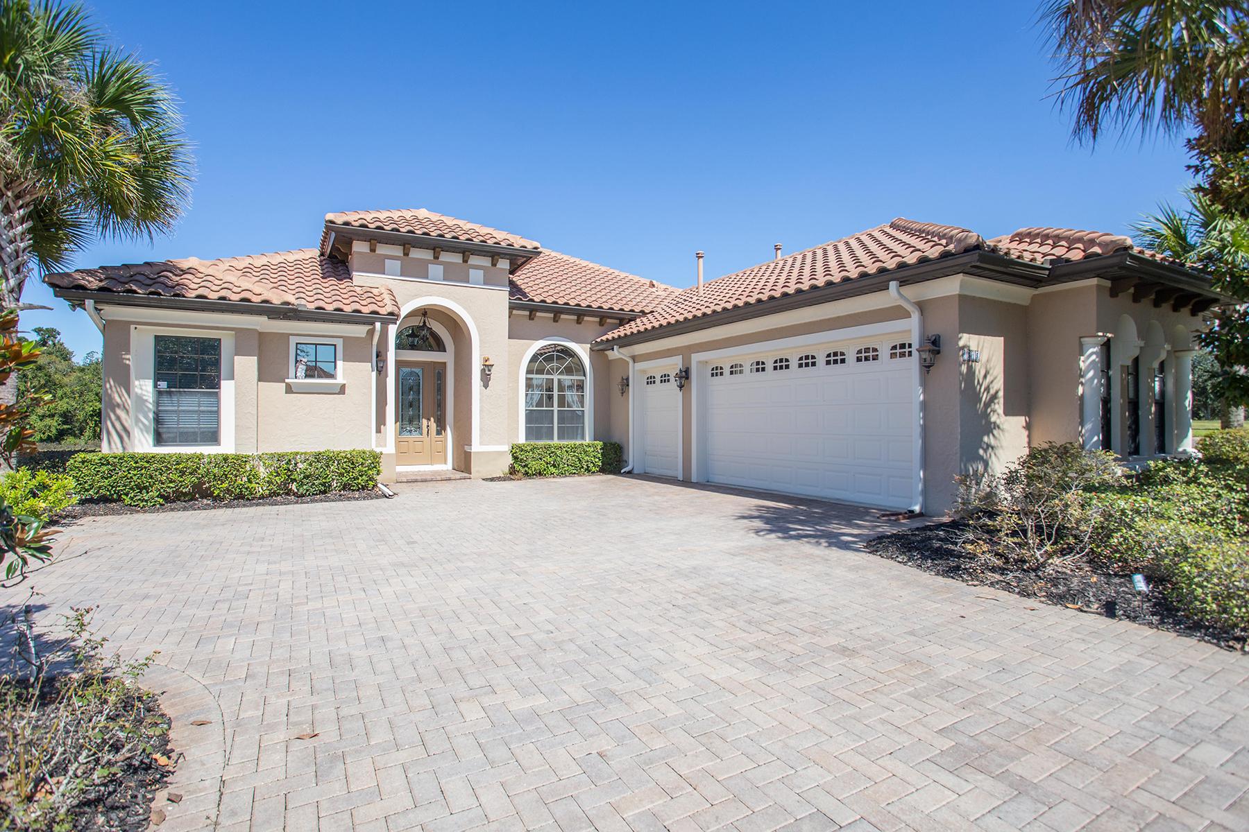 Maison accolée pour l Vente à HOWEY IN THE HILLS 9515 San Miguel Howey In The Hills, Florida, 34737 États-Unis