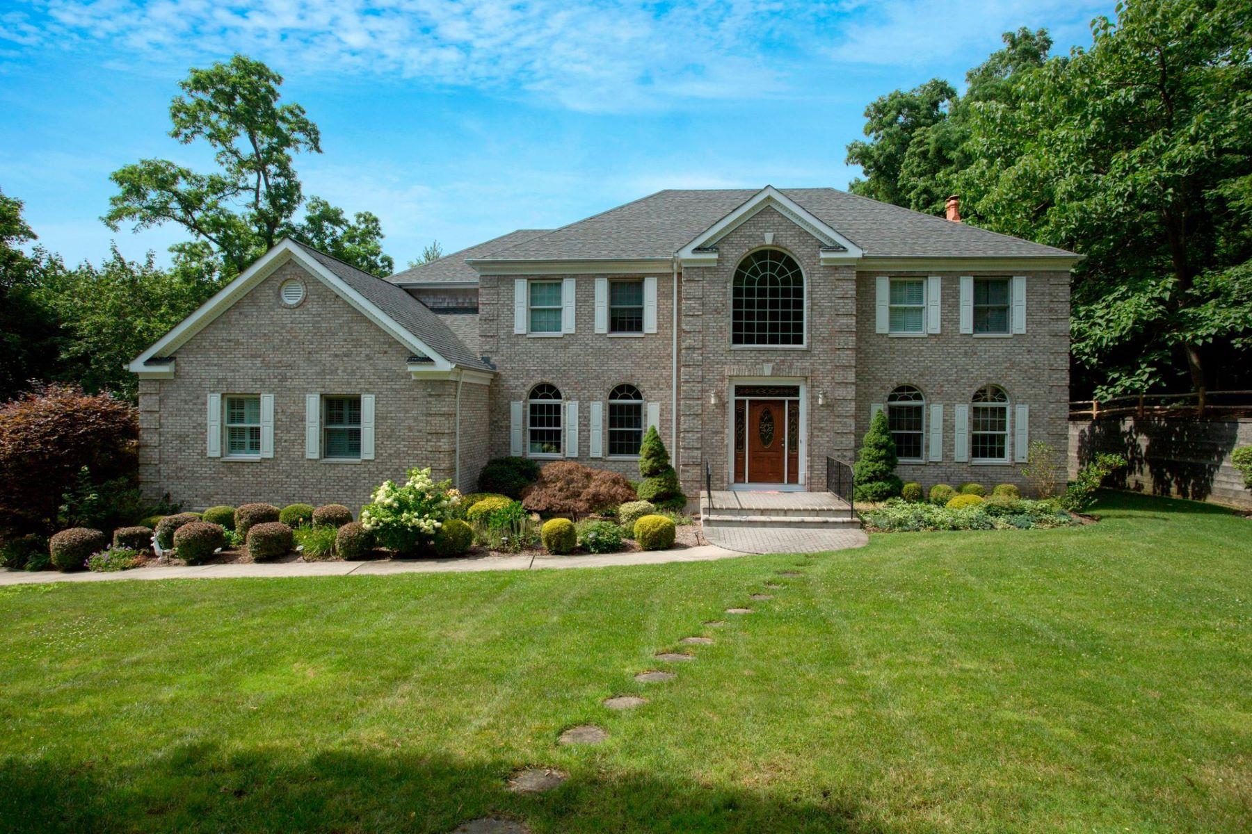 Частный односемейный дом для того Продажа на 43 Cove Rd , Huntington, NY 11743 43 Cove Rd, Huntington, Нью-Йорк, 11743 Соединенные Штаты