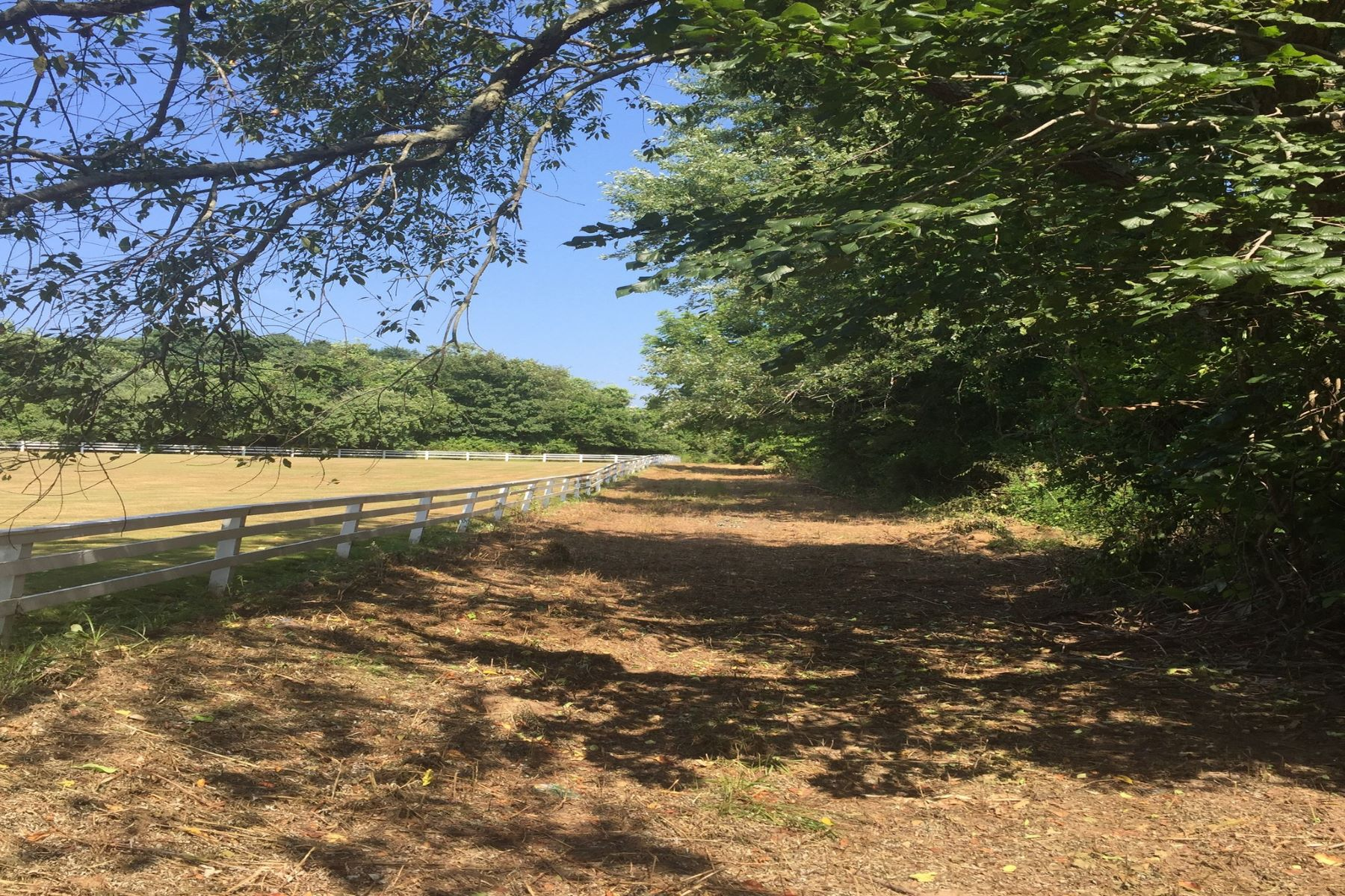 Land for Sale at 1080 Ackerly Pond Rd , Southold, NY 11971 1080 Ackerly Pond Rd Southold, New York 11971 United States