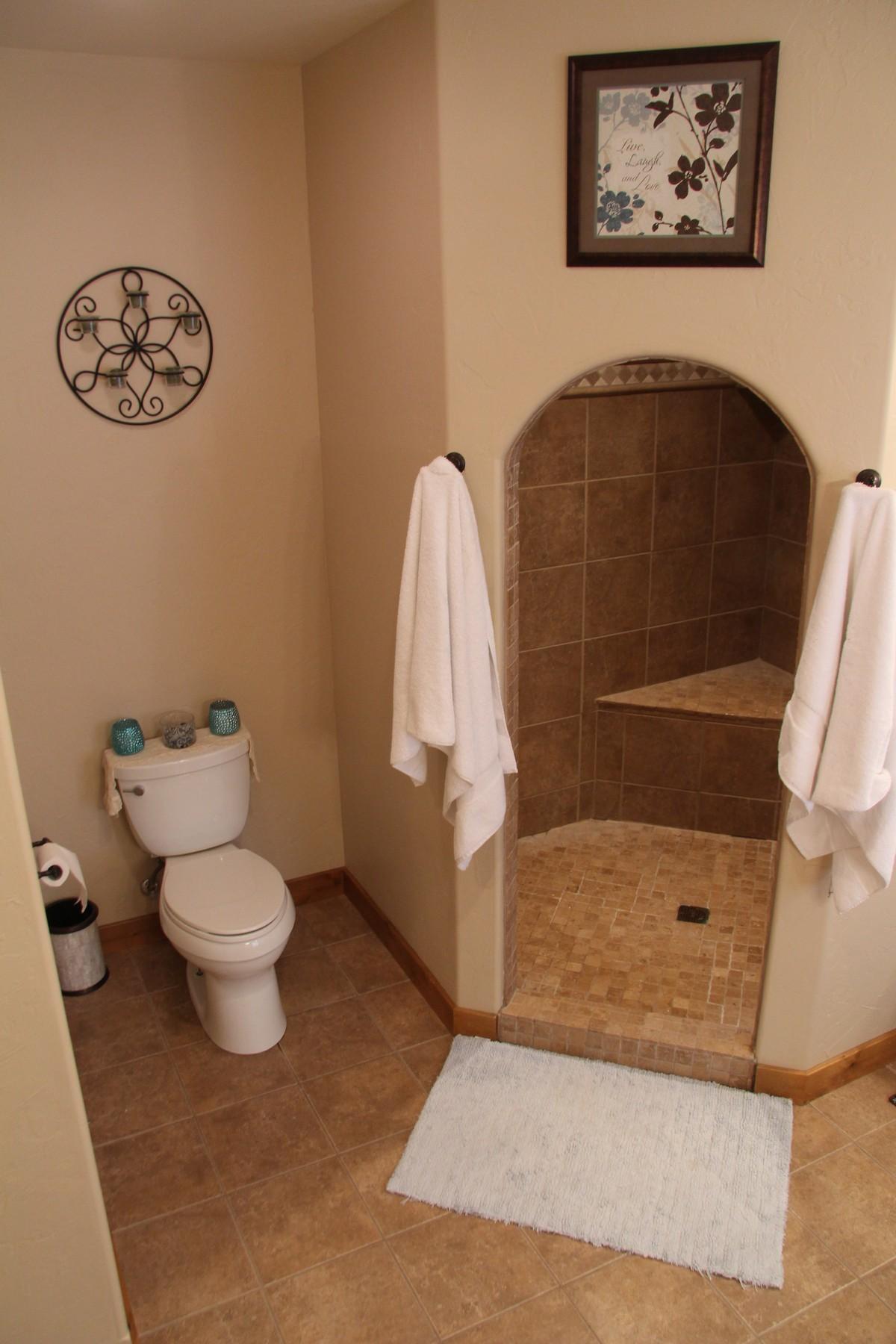 Additional photo for property listing at 1000 Kienas Rd 1000  Kienas Rd  N Kalispell, Montana 59901 United States